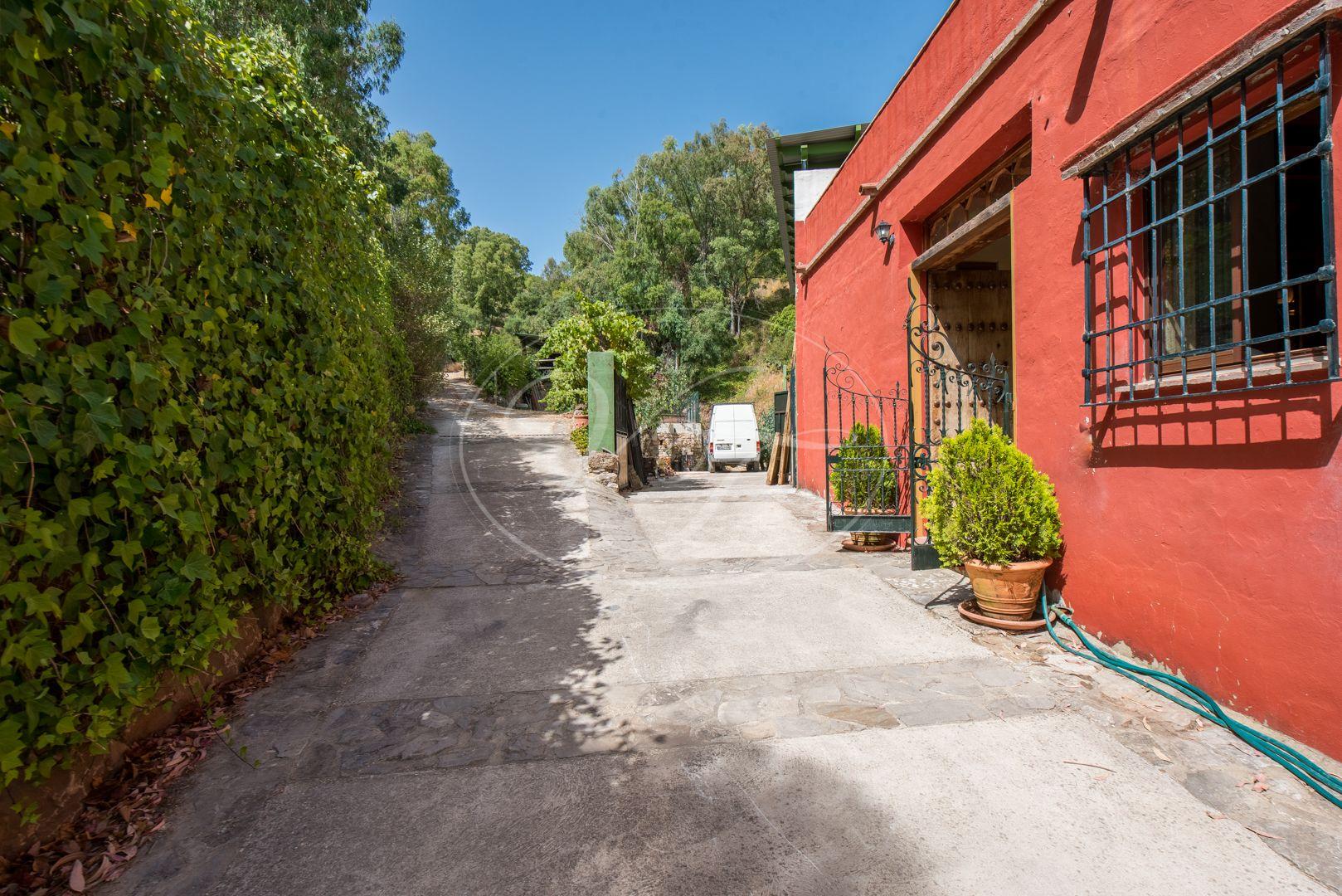 Finca for sale in Gaucin