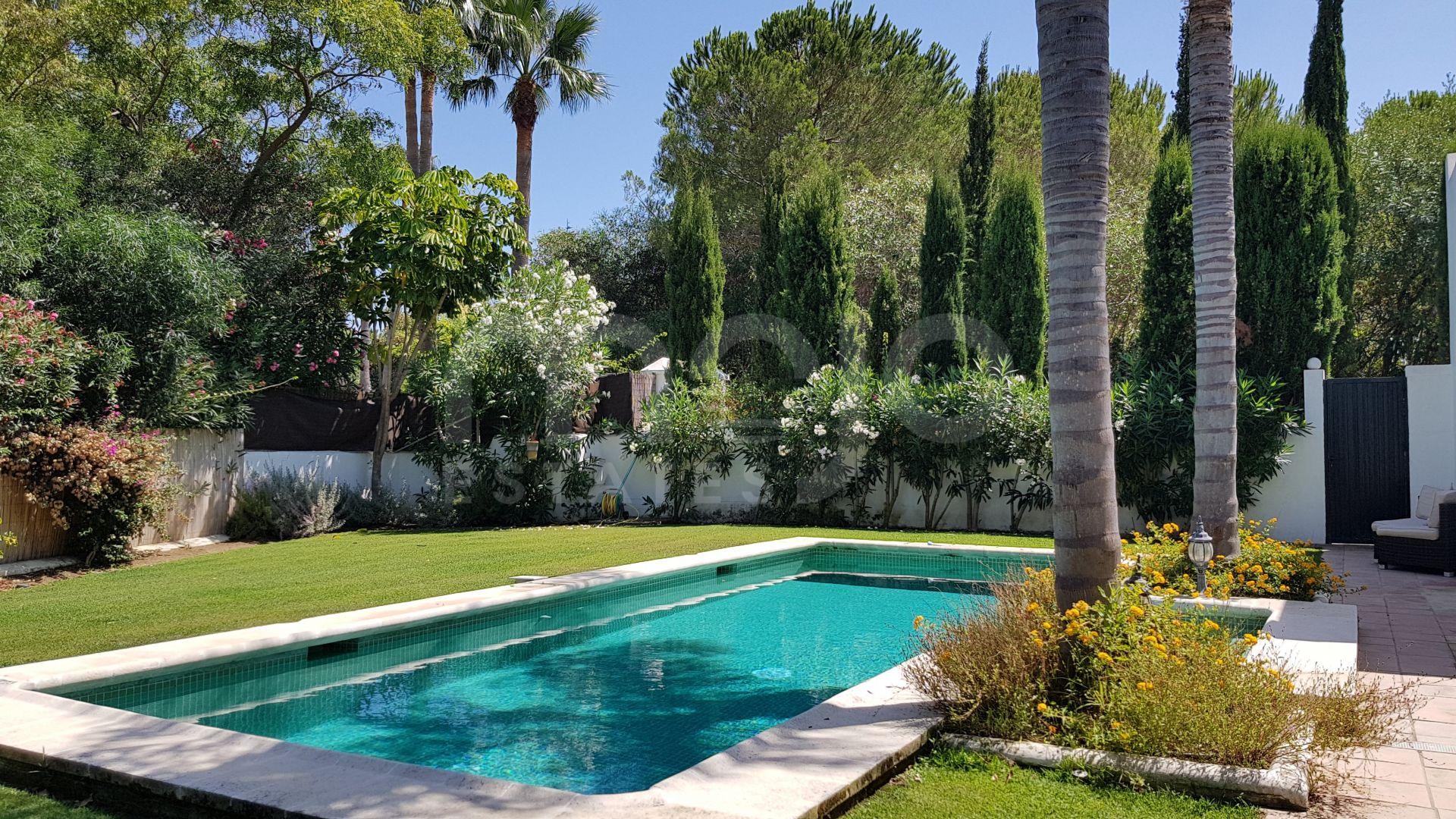 Villa de lujo de 4 dormitorios en zona F Sotogrande