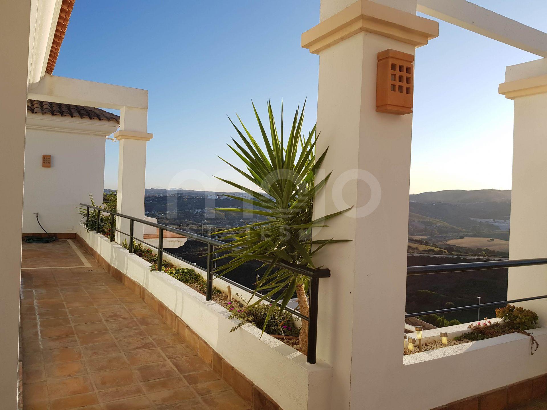 Spectacular 3 Bedroom Apartment in La Herencia de Casares, Doña Julia, Casares