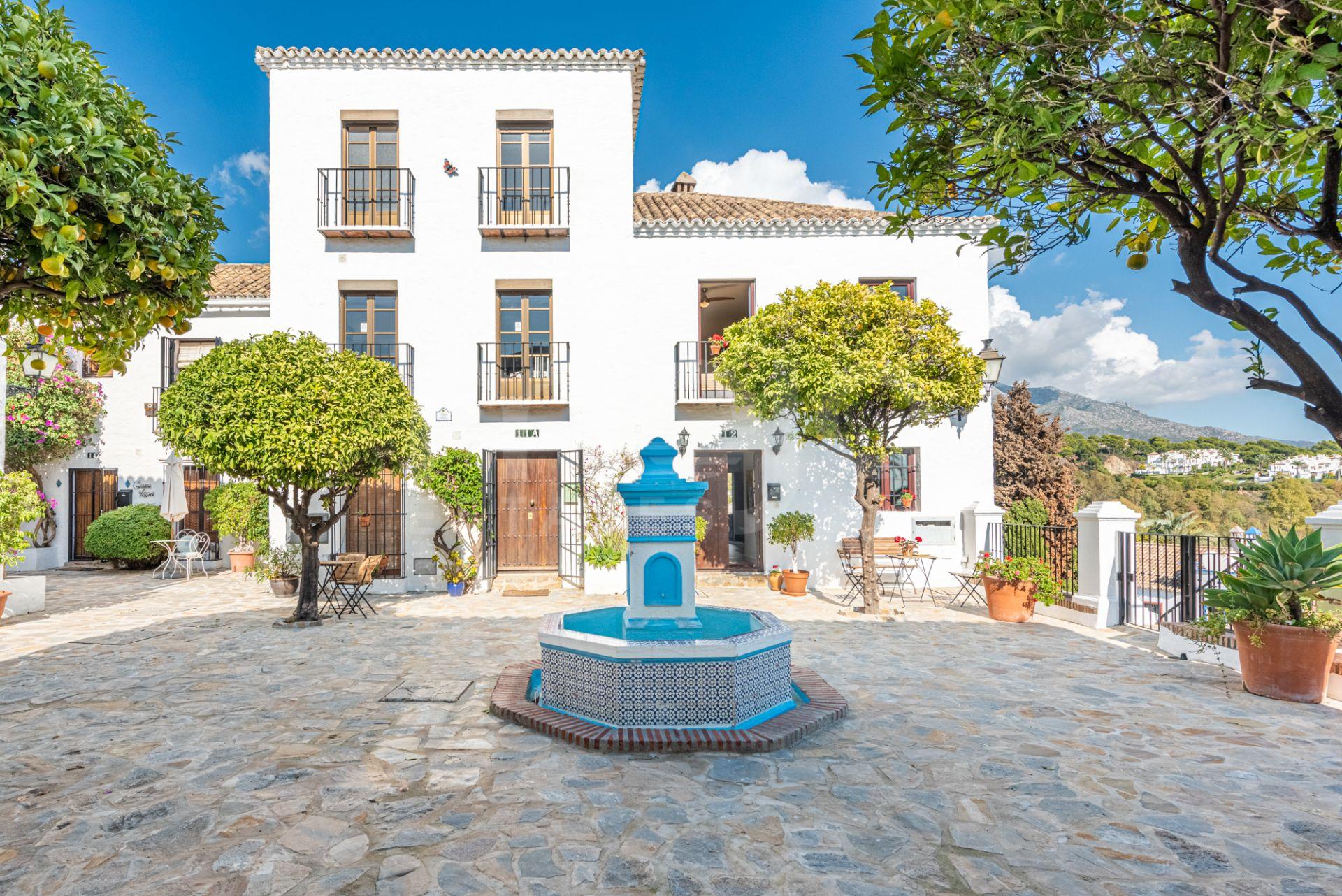Geschakeld huis te koop in El Naranjal, Nueva Andalucia