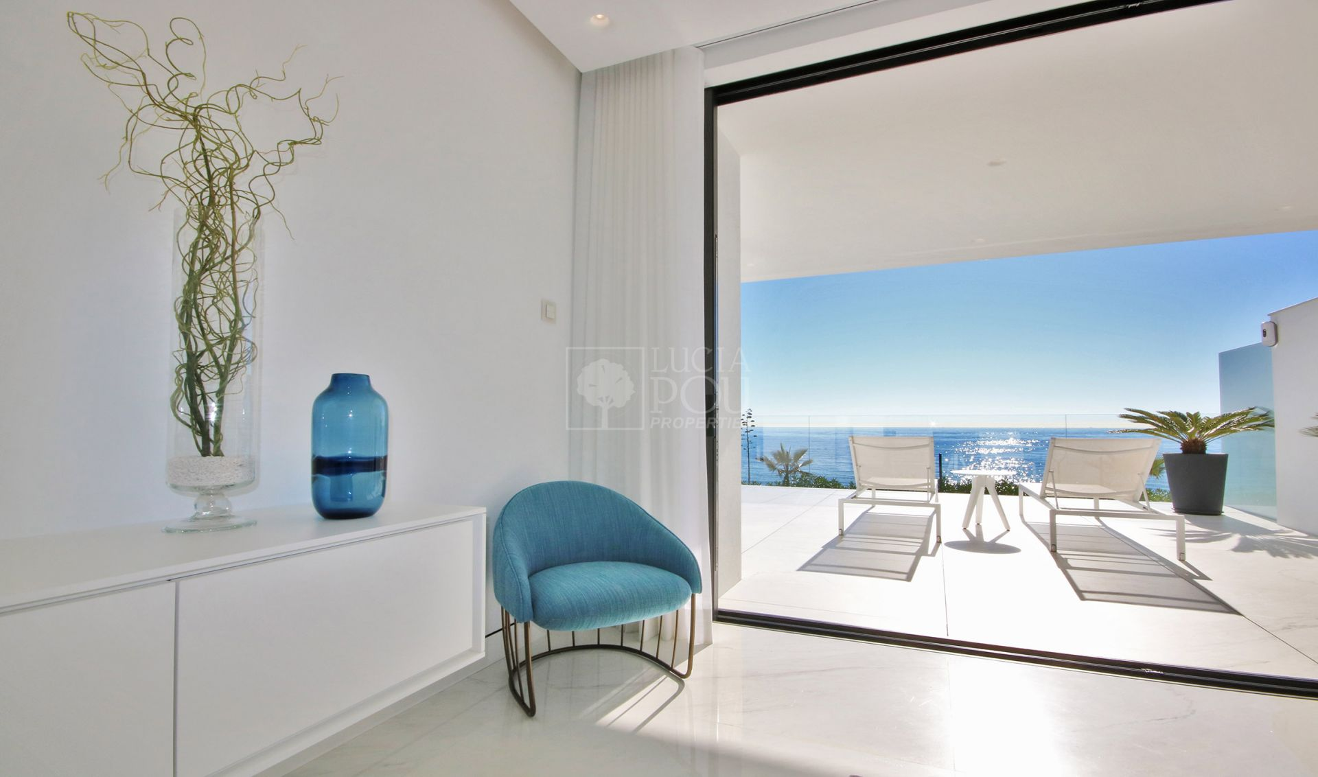Apartamento Planta Baja  en Beach Side New Golden Mile, Estepona