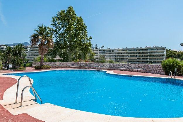 Appartement te koop in Guadalmina Alta, San Pedro de Alcantara