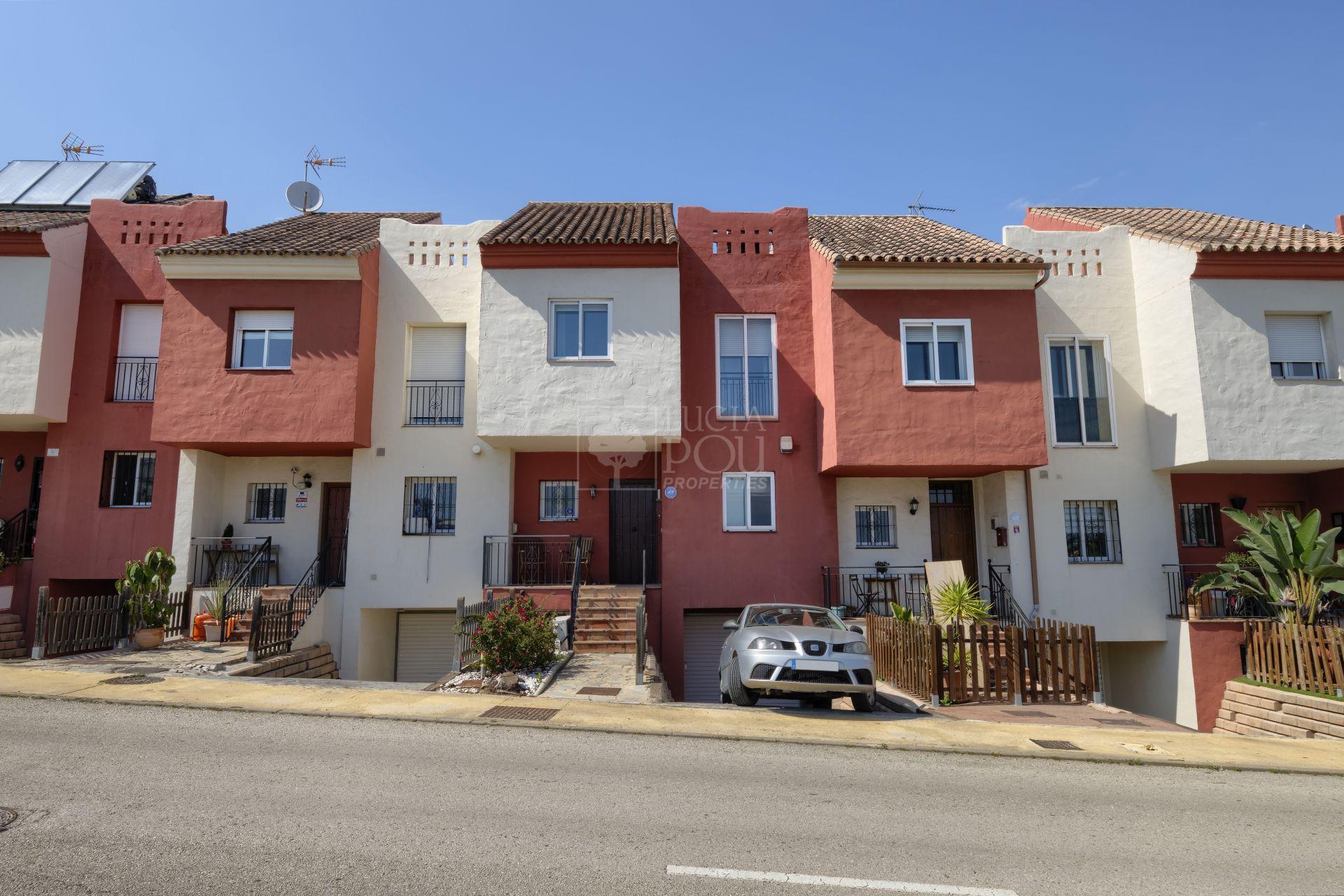 Adosado  en New Golden Mile, Estepona