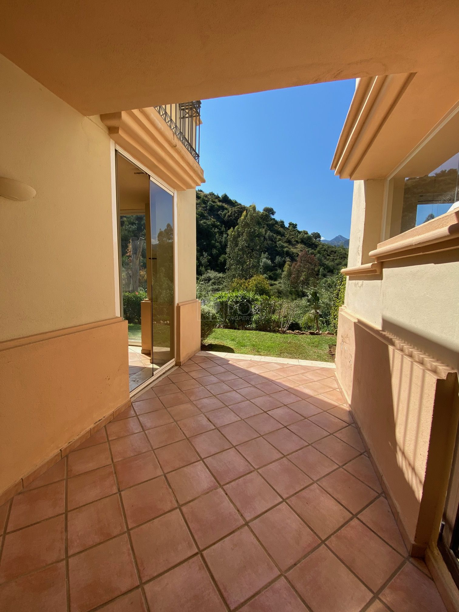 Apartamento Planta Baja  en Marbella Este, Marbella