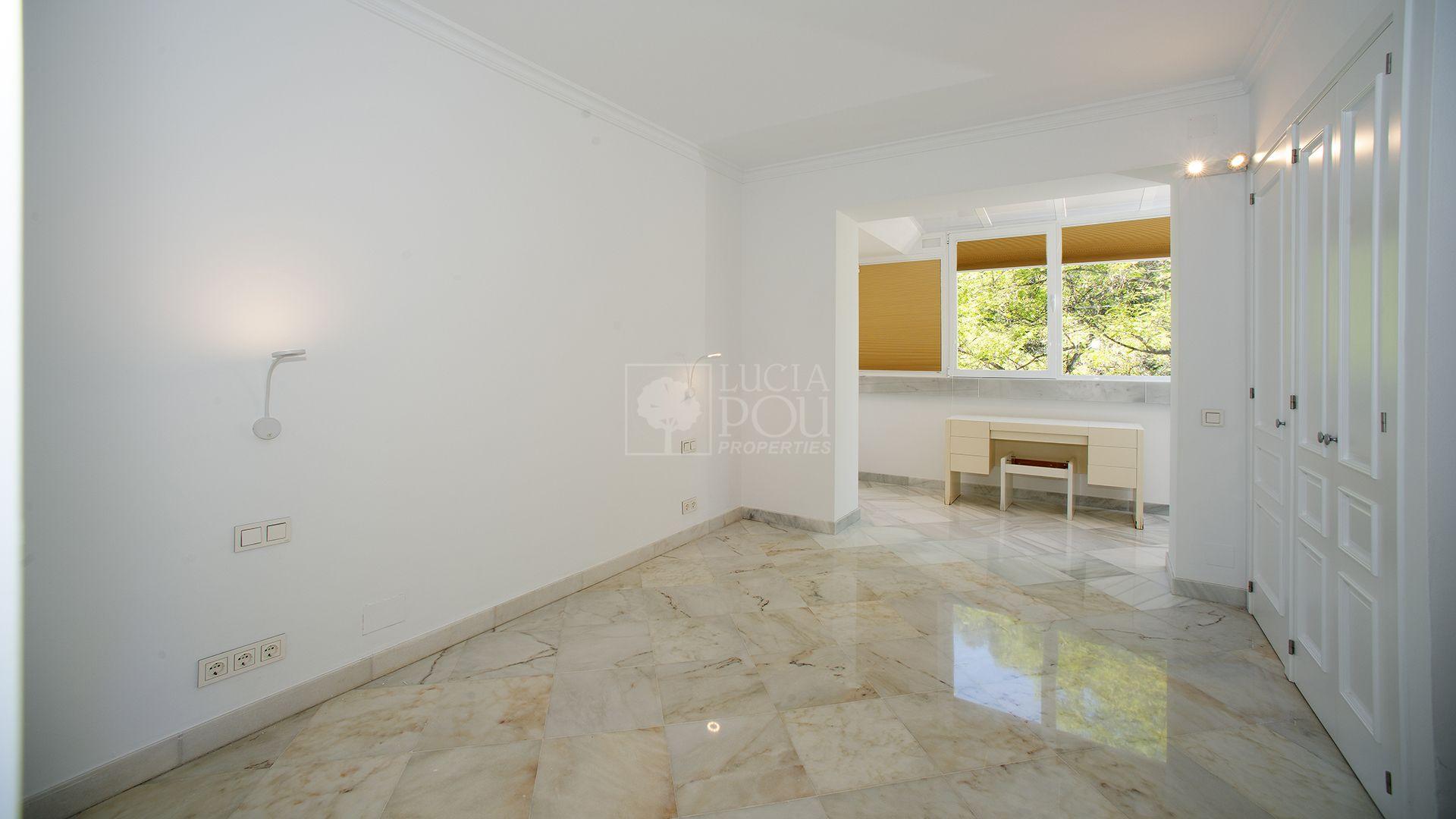 Atico Duplex  en Marbella Este, Marbella