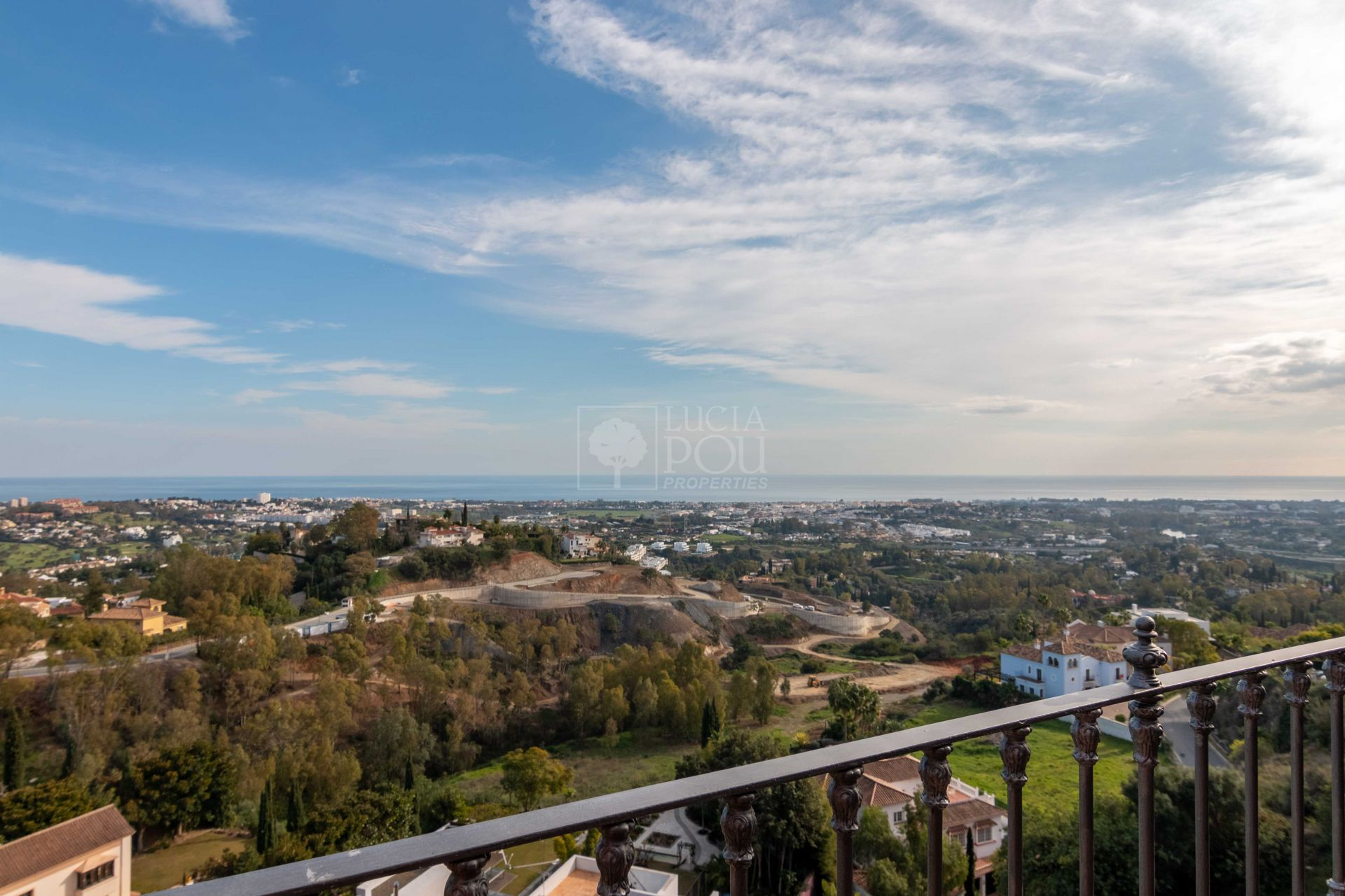 Atico Duplex  en New Golden Mile, Estepona