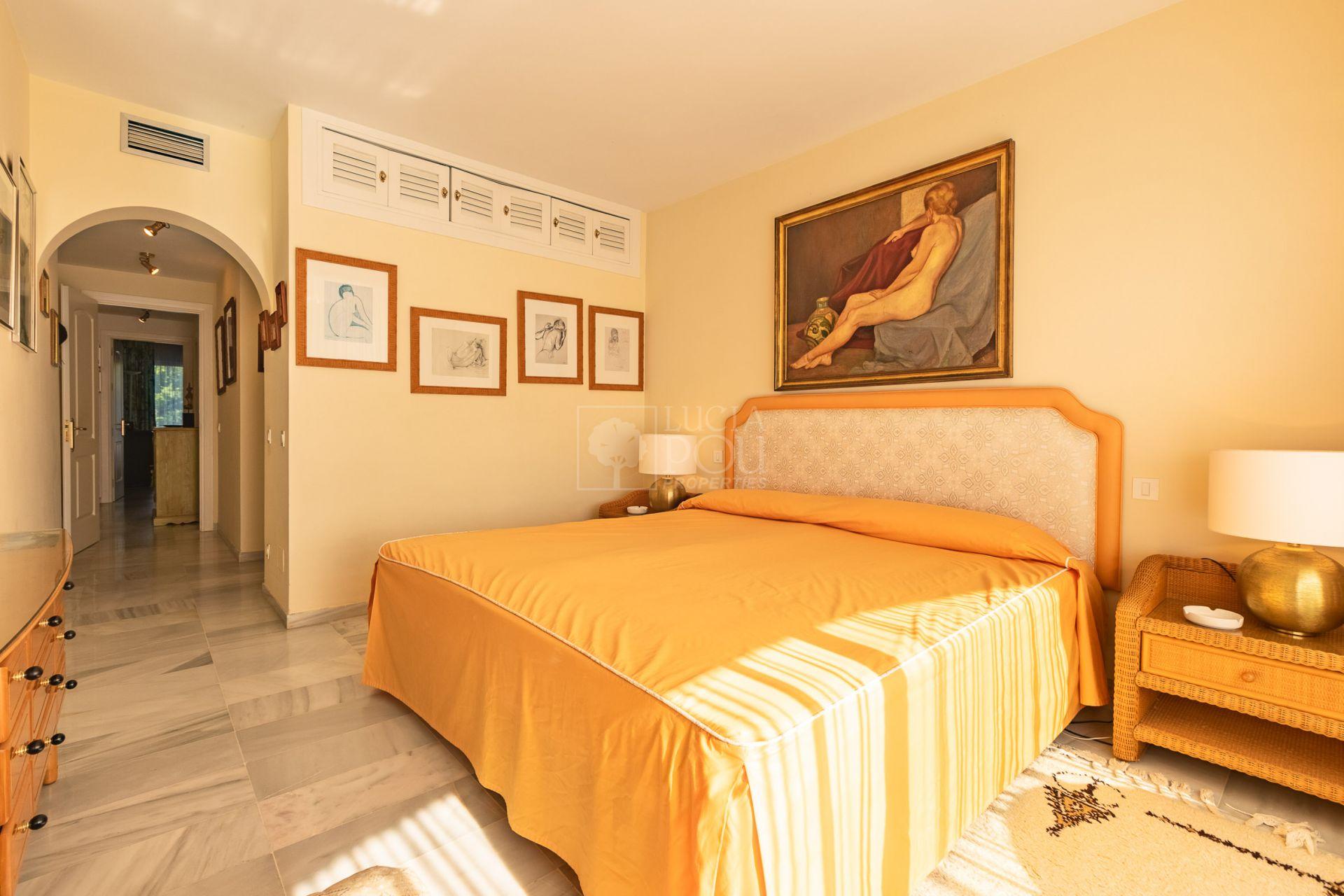 Apartamento  en Beach Side New Golden Mile, Estepona