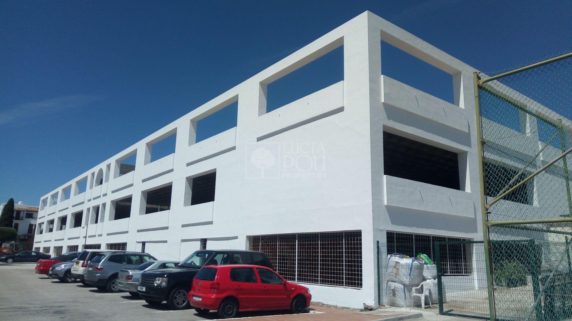 Centro Comercial  en Beach Side New Golden Mile, Estepona