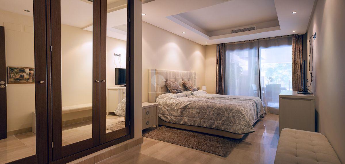 Apartamento Planta Baja  en Beach Side New Golden Mile, Estepona