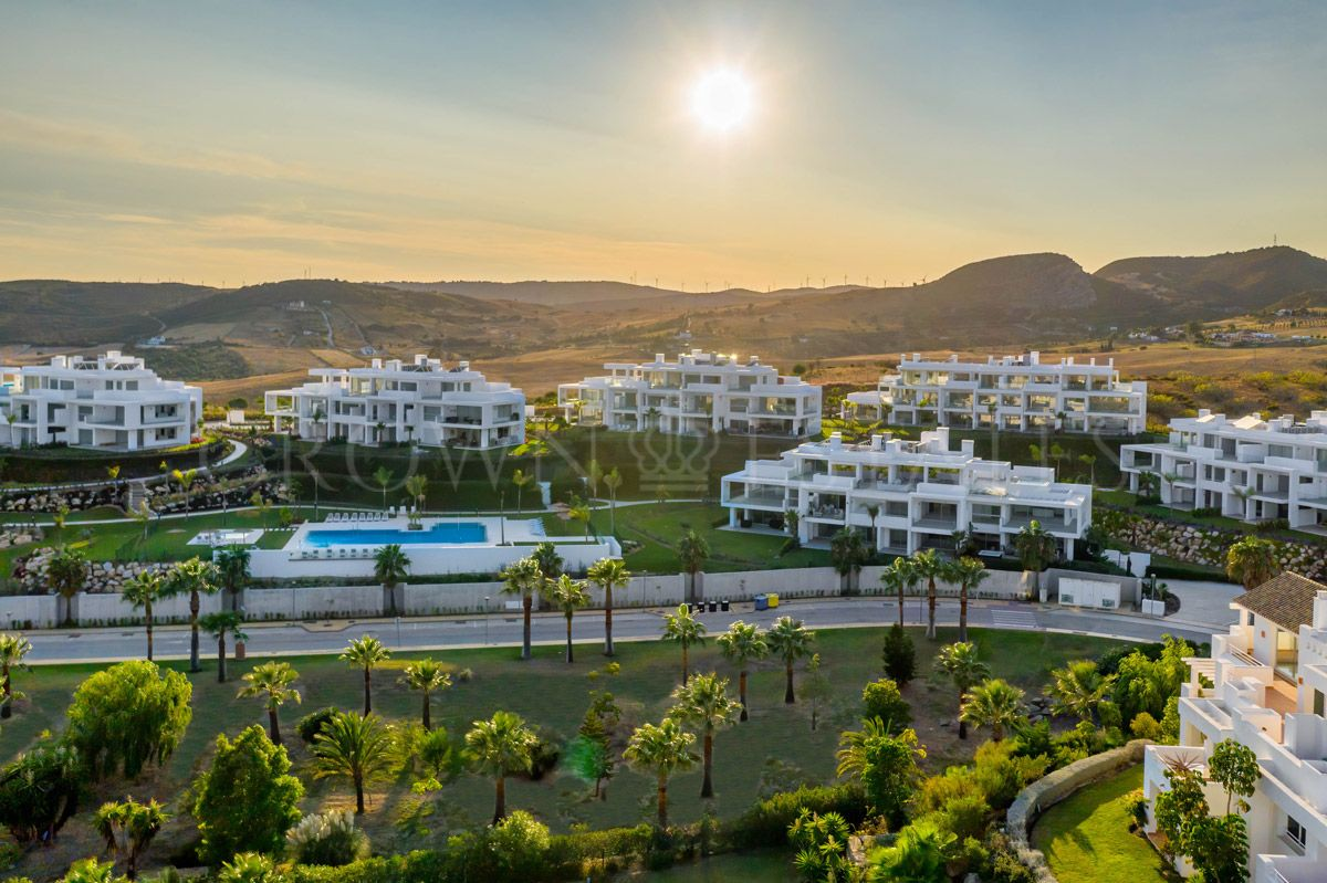 ALCAZABA Lagoon - The first Crystal Lagoons to be built in Europe, for the exclusive use of the ALCAZABA Lagoon residential development.
