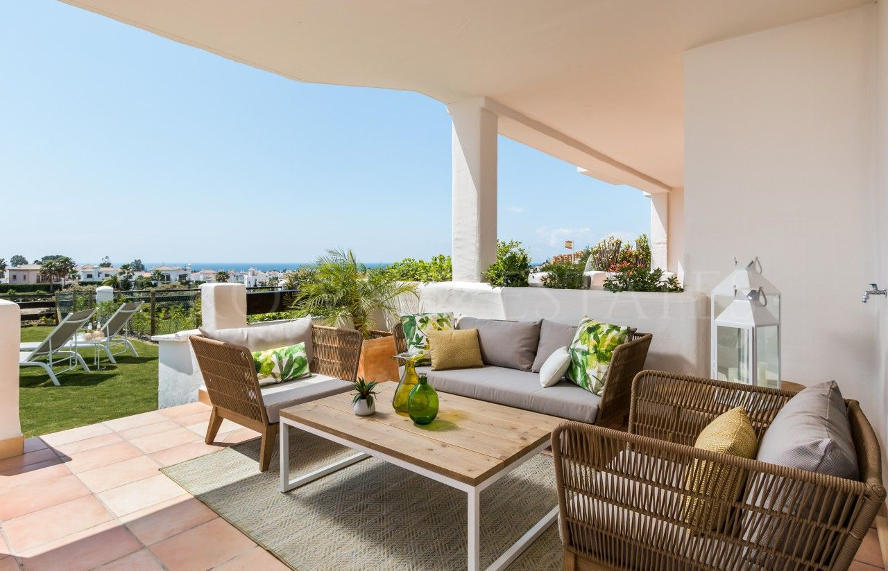Sunset Golf Apartments & Townhouses: where golf and sea meet in the heart of the Costa Del Sol!