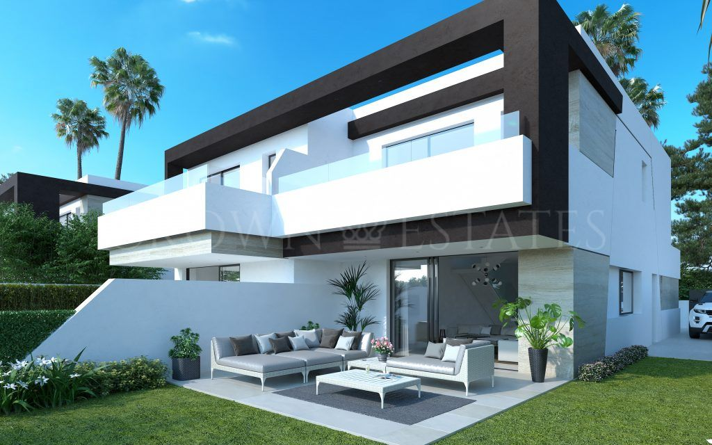 Oasis 22 is located in the New Golden Mile, close to La Resina Golf Club. A unique development of exclusive 3 and 4 bedroom semi-detached homes… Best value for money on the New Golden Mile!!