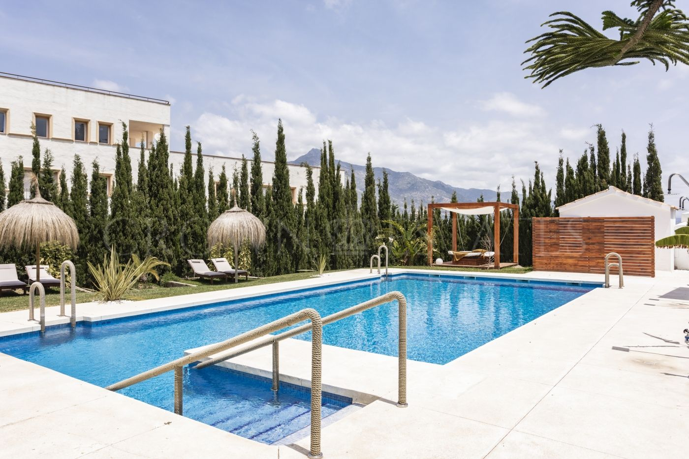A private community comprising 41 apartments in the most desirable location in the Costa del Sol, ready to move in
