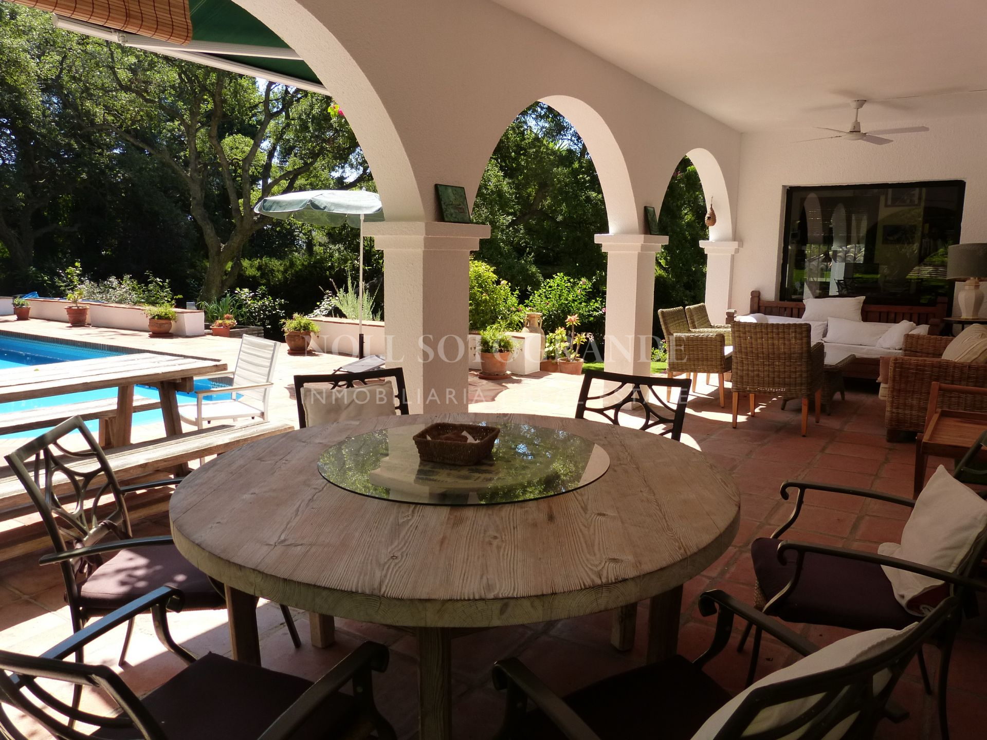Casa tradicional con encanto lindando al campo de golf Valderrama