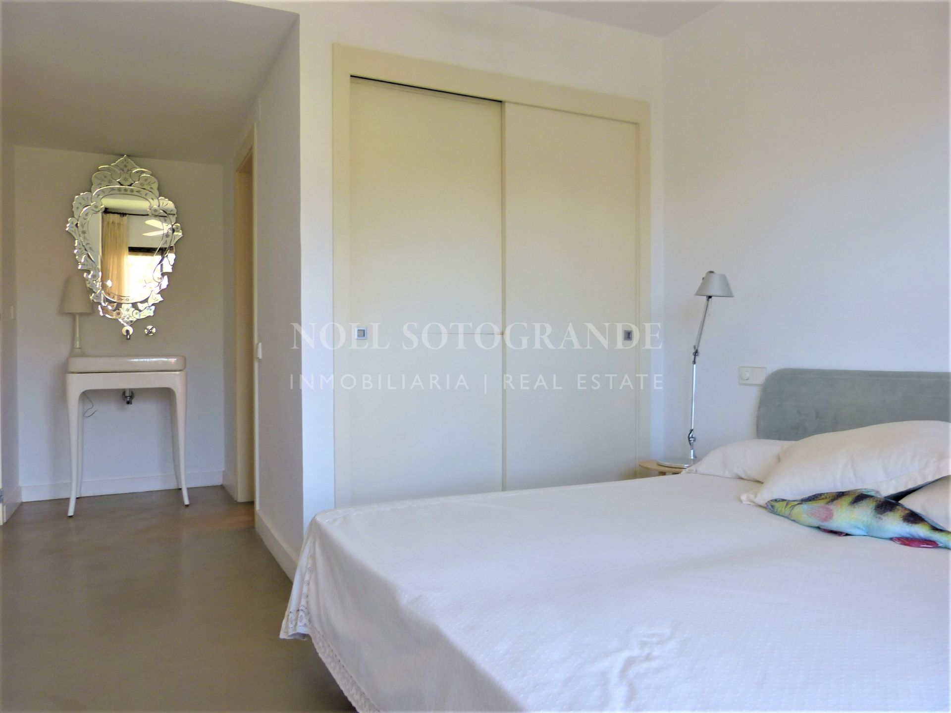 Penthouse for sale in Sotogrande - 90 meters from the beach