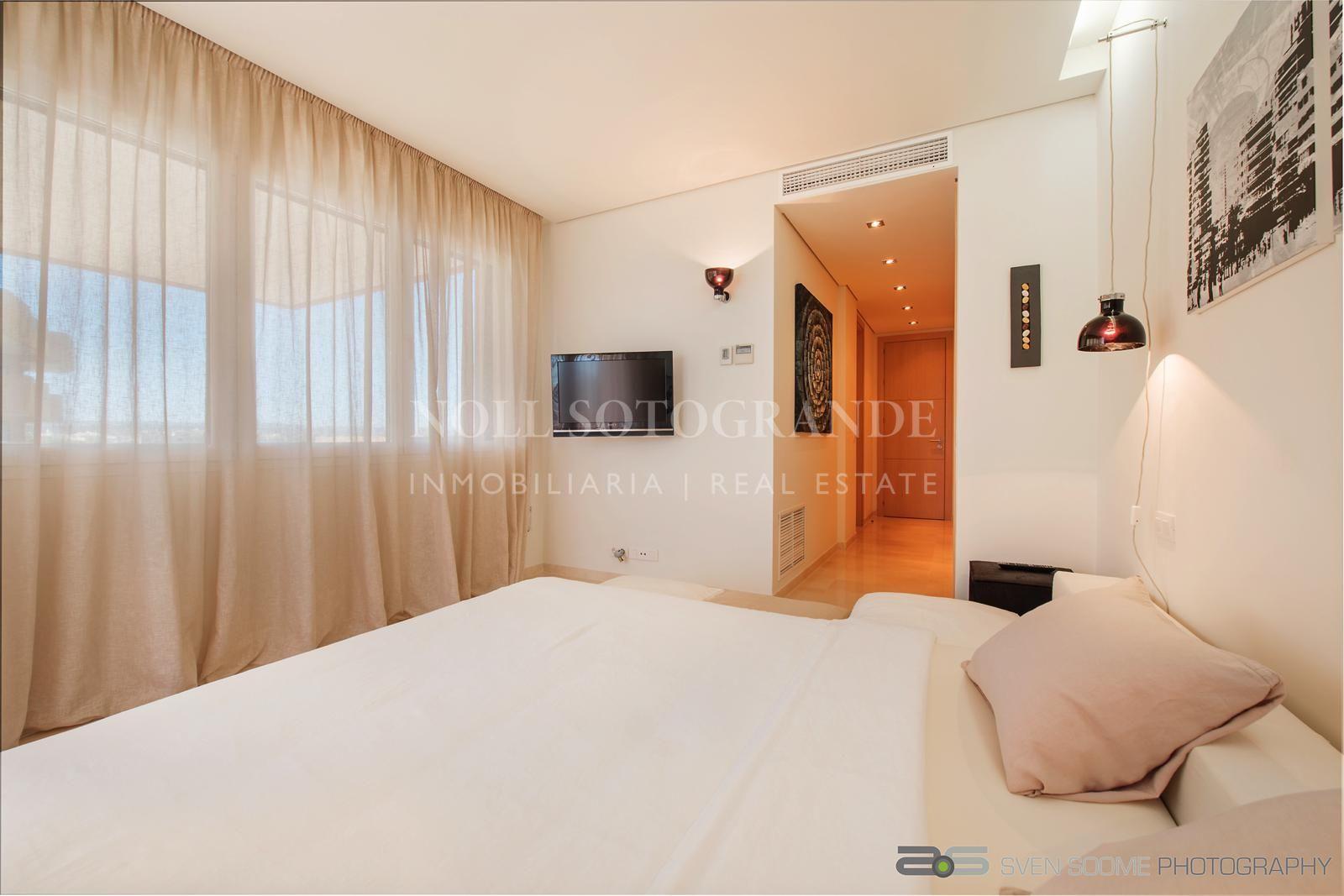 Marina Sotogrande, Apartment in Ribera del Marlin for sale