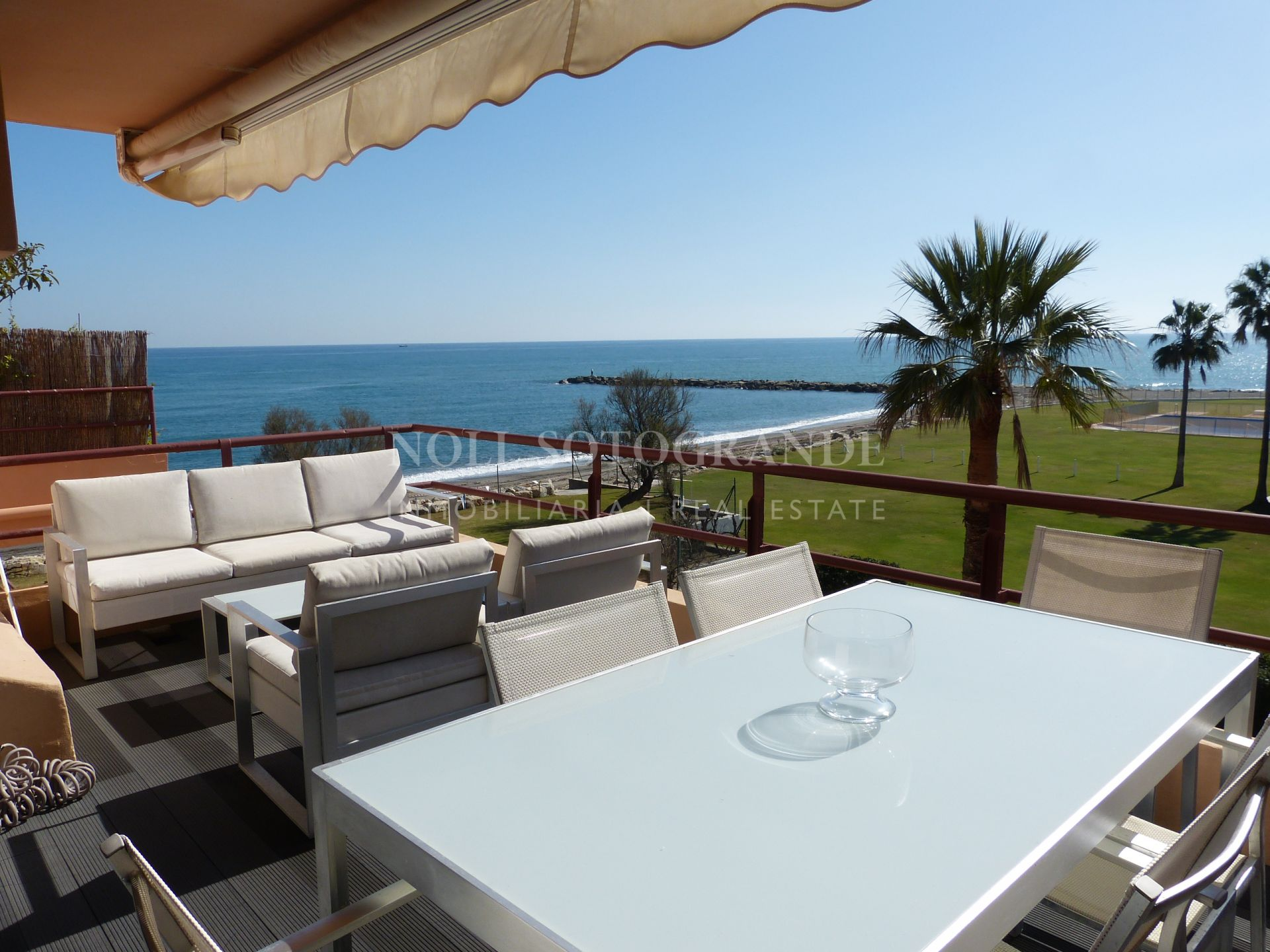 Sotogrande, beach apartment frontline with Gibraltar views