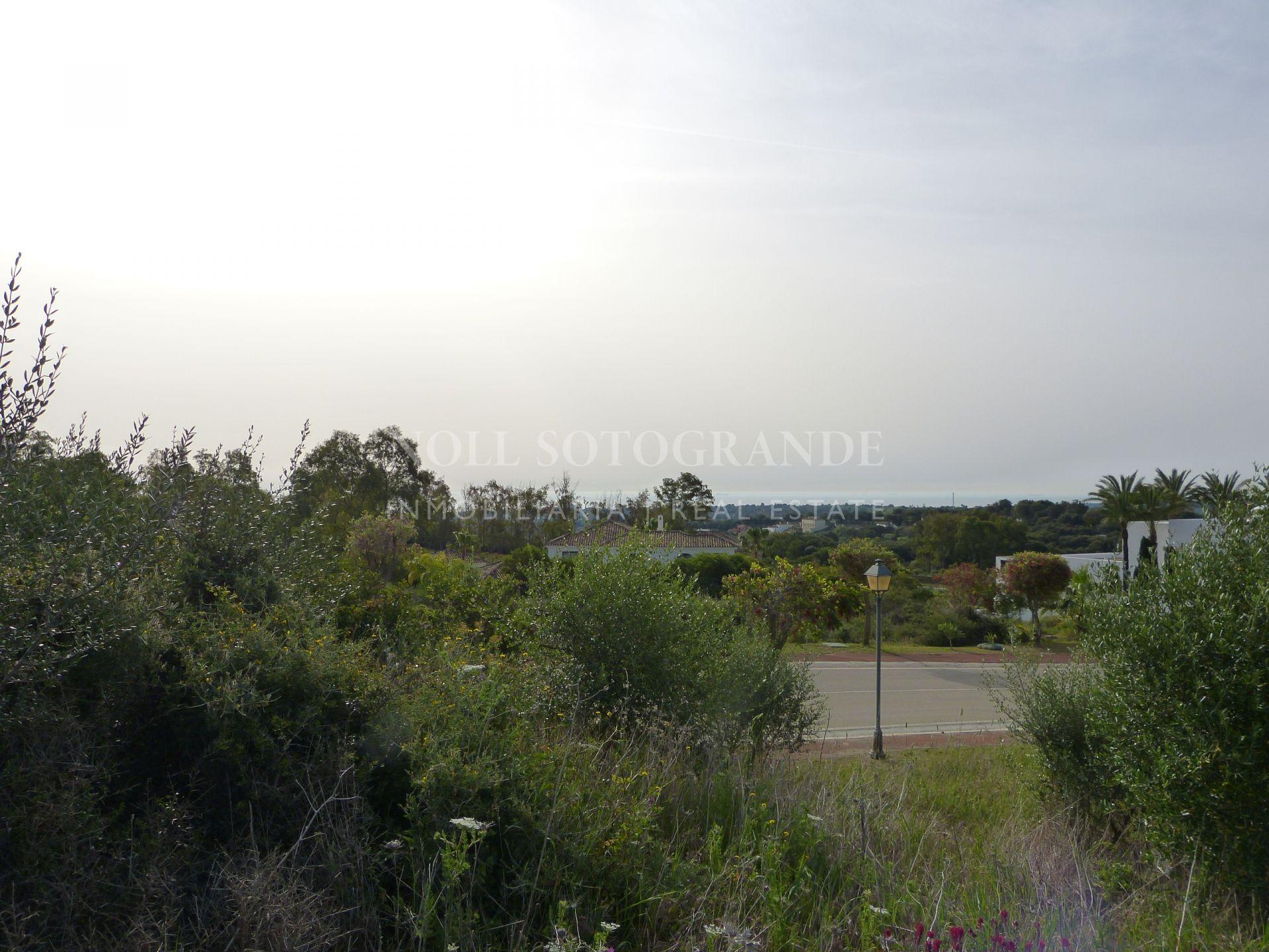 Parcela con vistas al mar en venta en La Reserva de Sotogrande