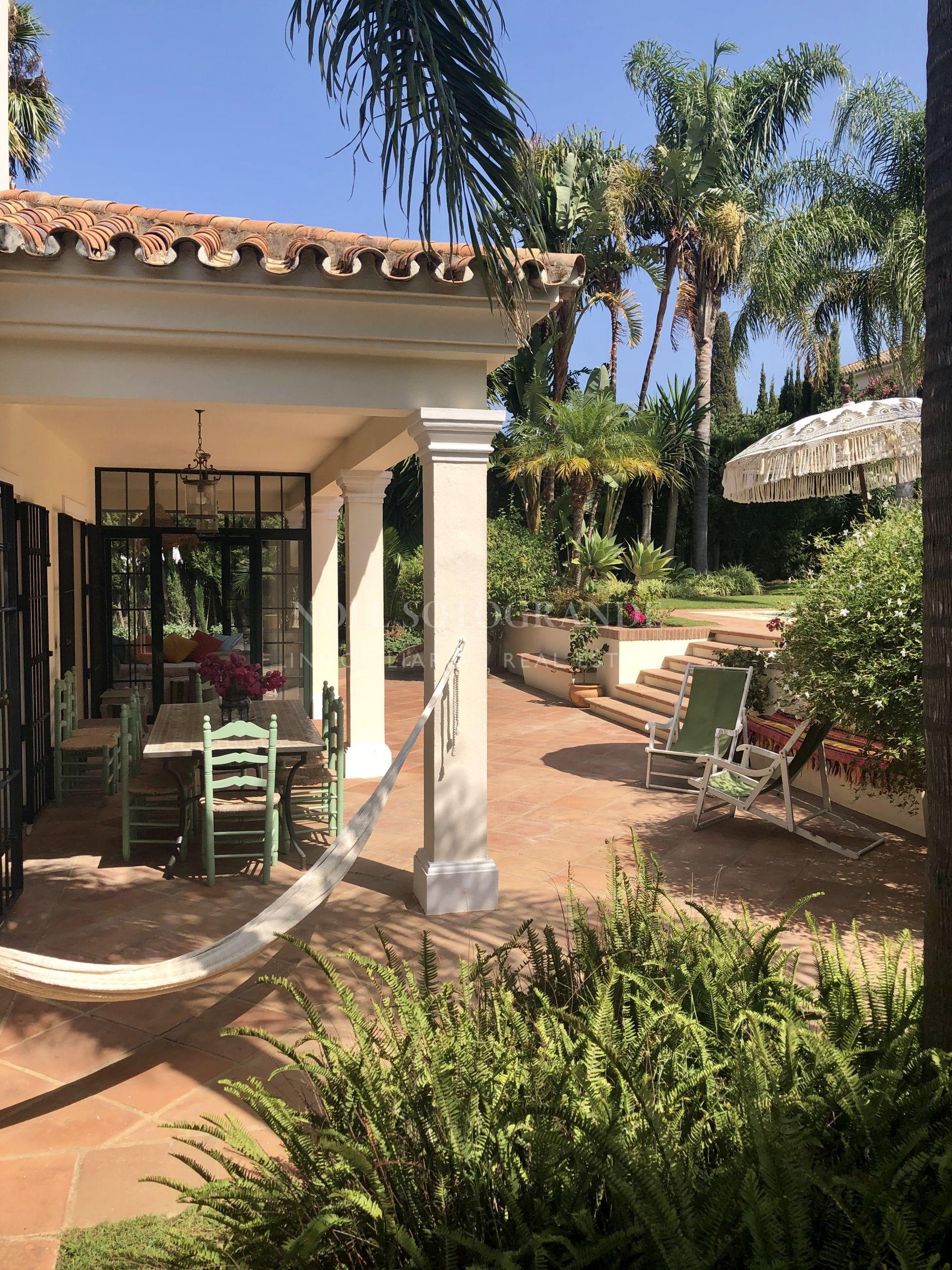 Traditional Cortijo style villa for sale Sotogrande Alto
