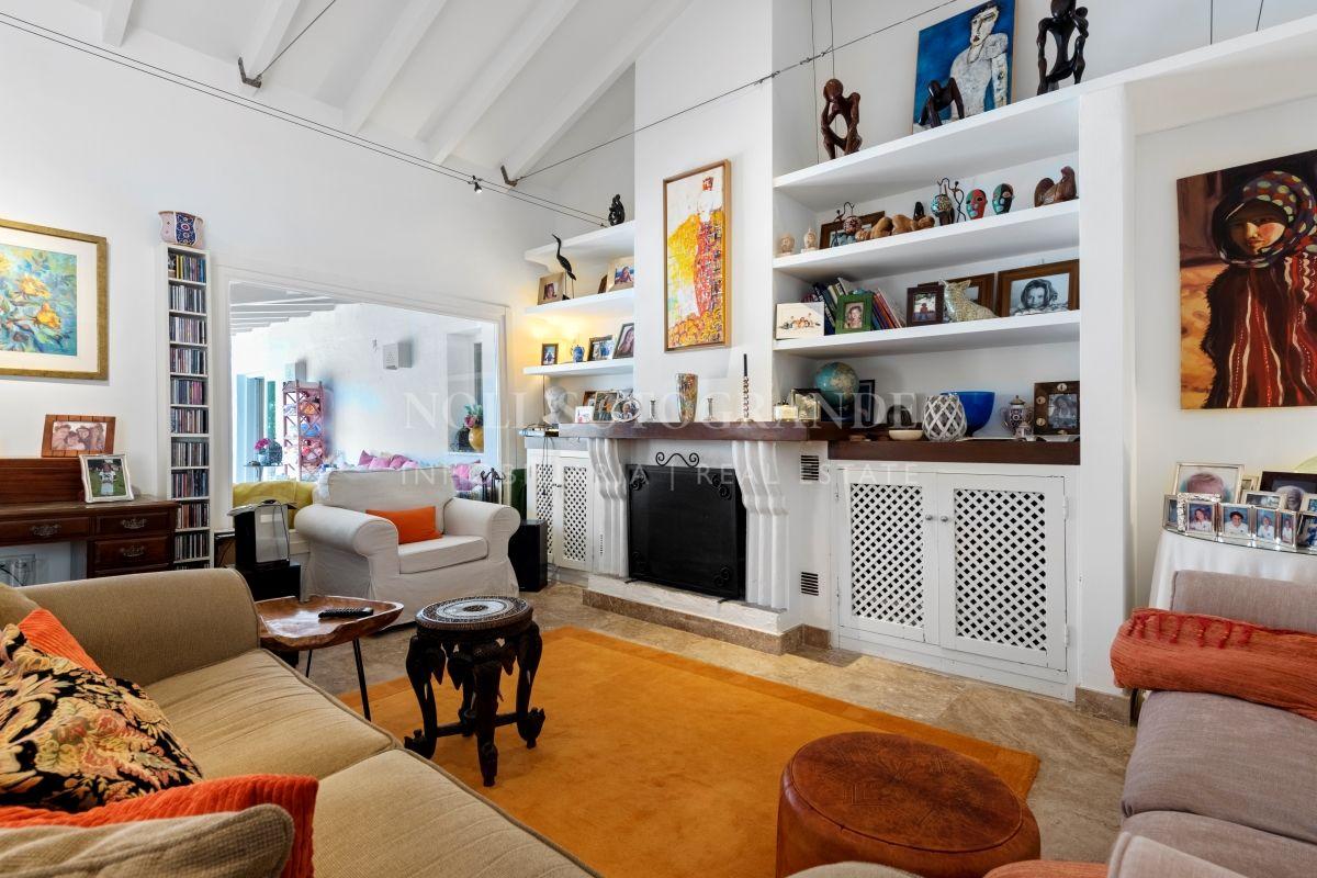 Villa for sale in Sotogrande Costa