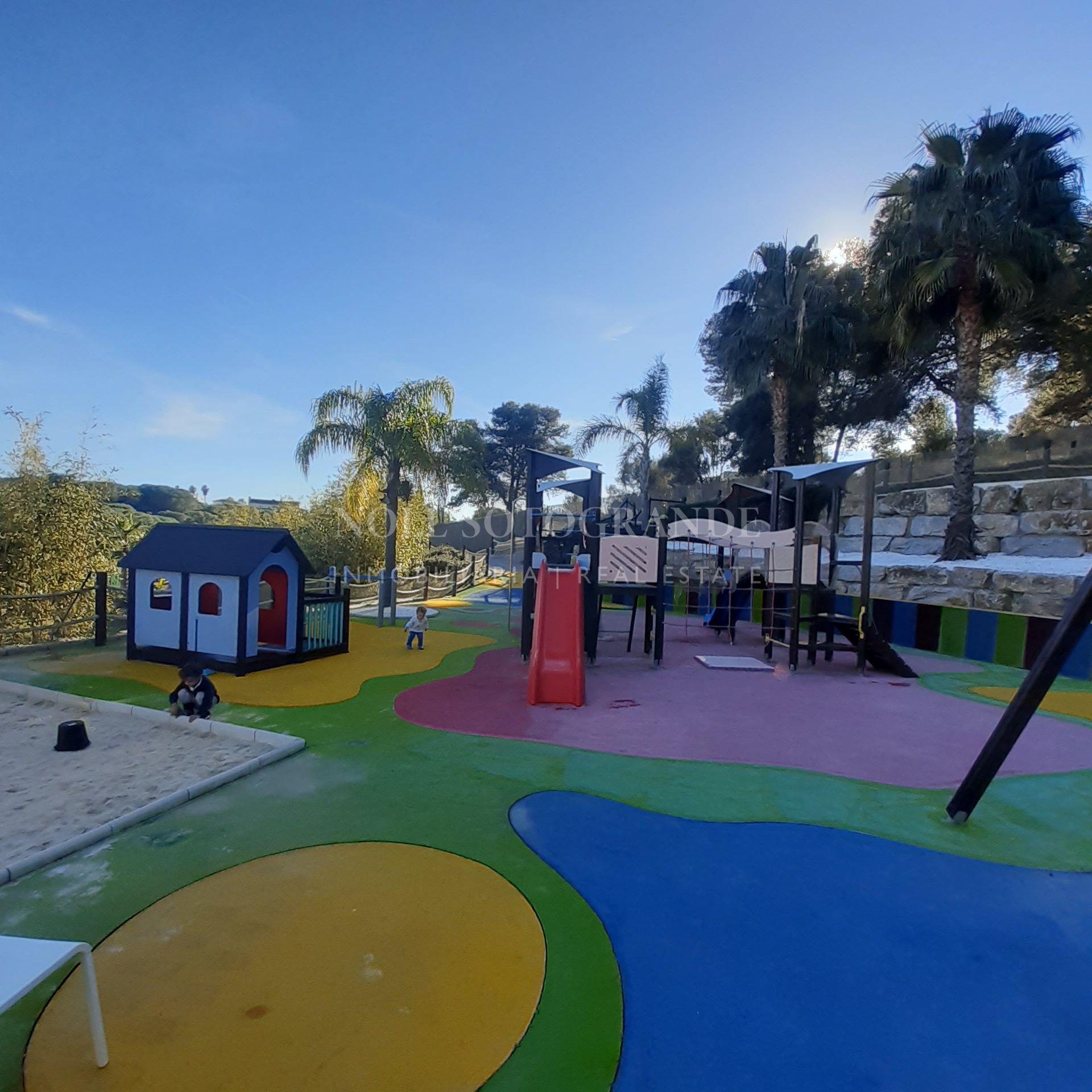 Plot for sale next to Mirador in La Reserva, Sotogrande
