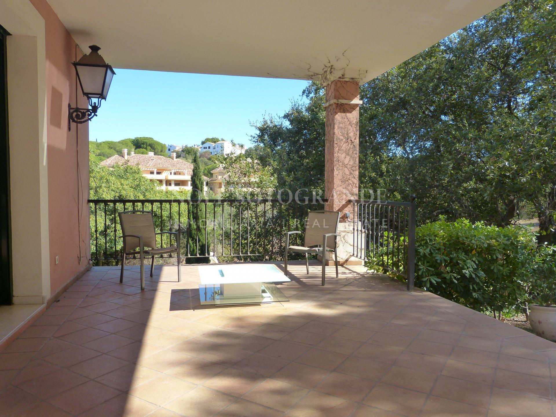 Unfurnished villa for rent in Sotogrande Alto