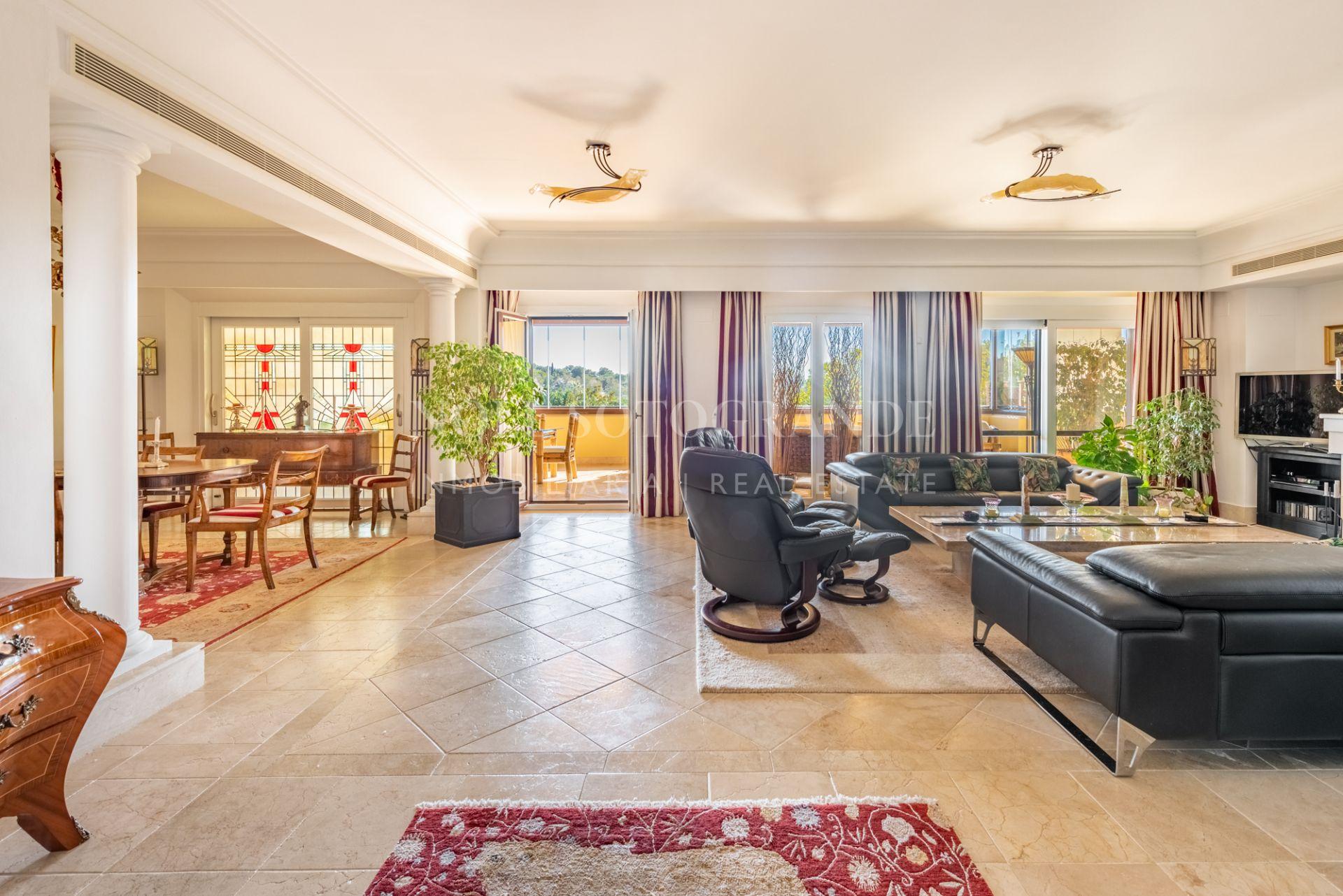 Penthouse for sale in Sotogrande Alto, Valgrande opposite Valderrama