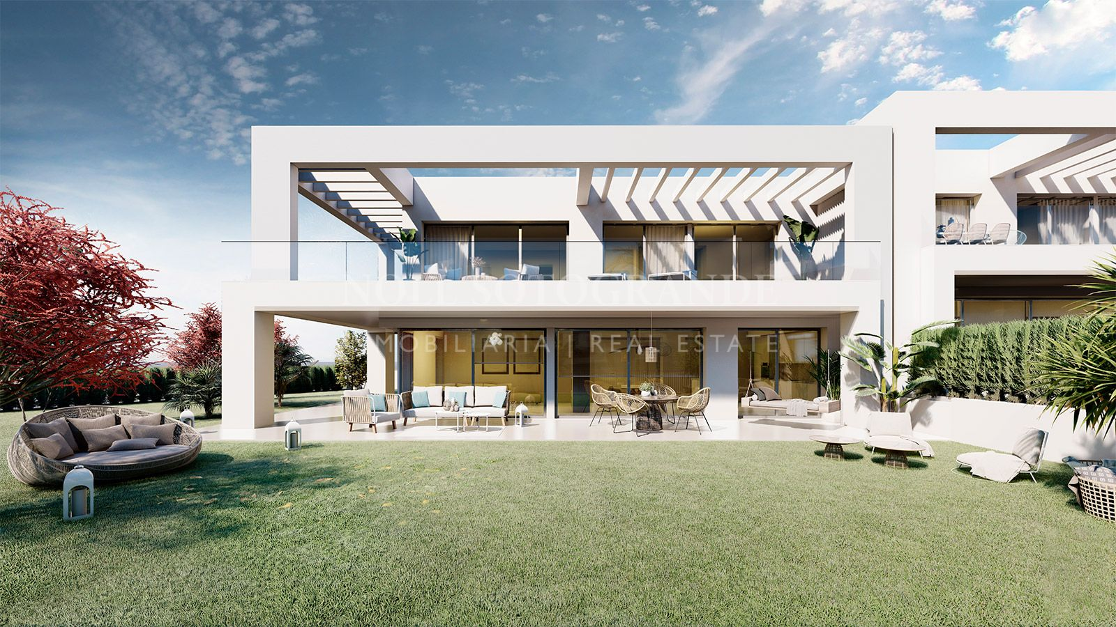 Semi-detached-home for sale in Sotogrande with sea views