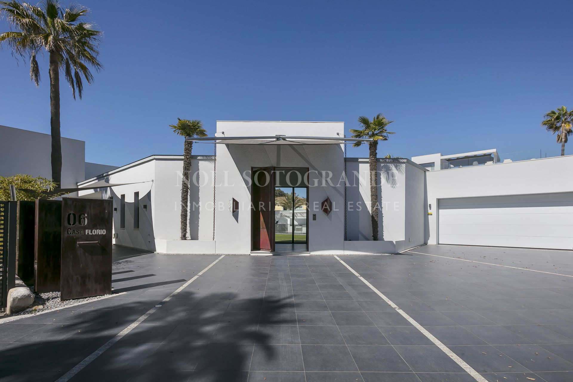 Modern villa in Kings and Queens, Sotogrande Costa.