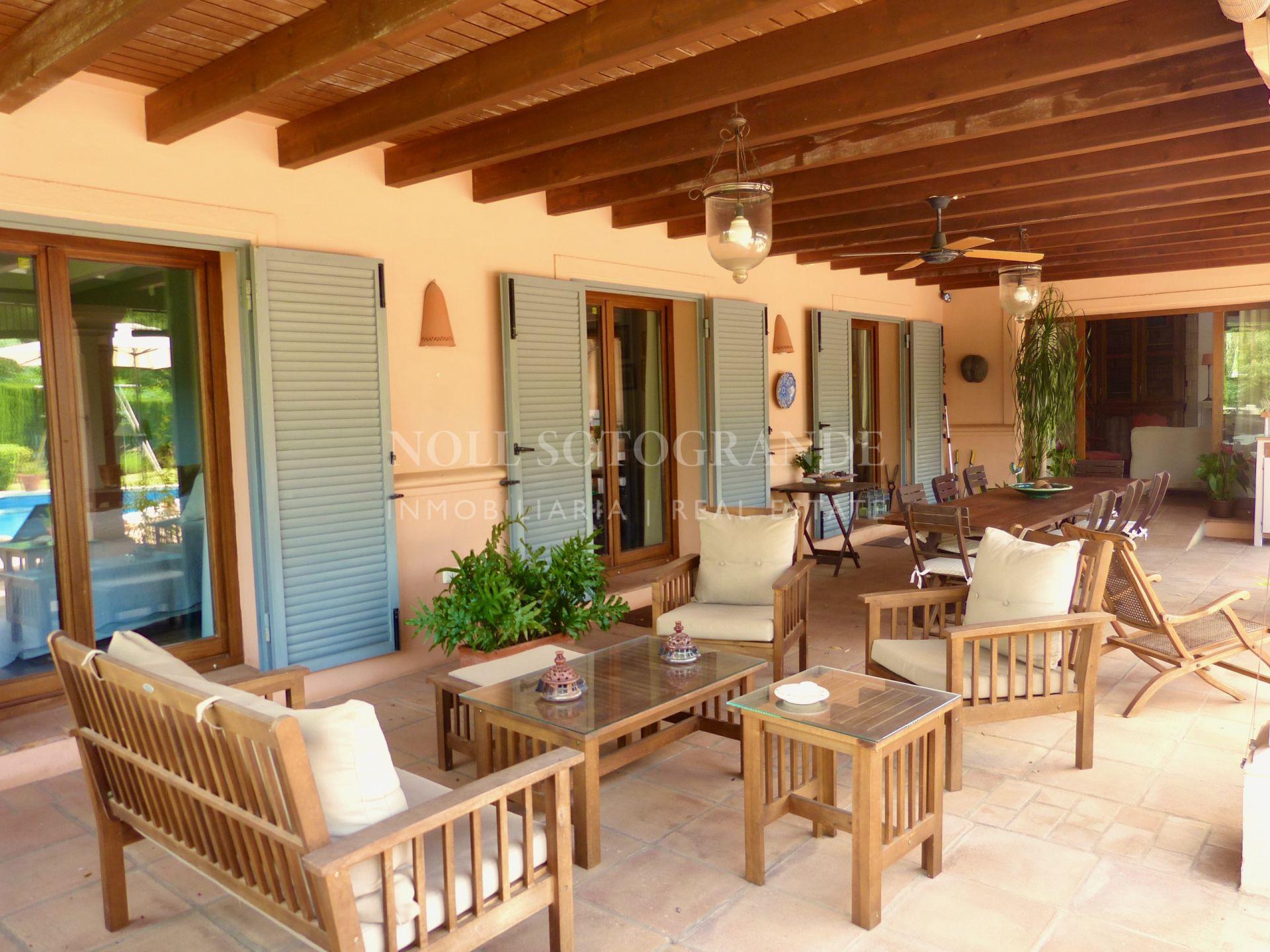 Charming Bungalow a la Provence for sale in Sotogrande Alto