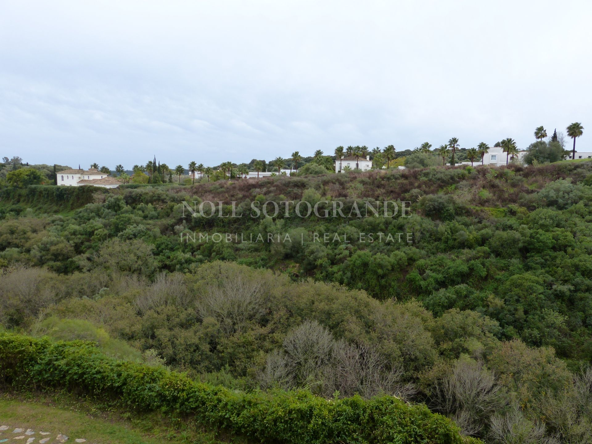 Spacious two bedroom apartment in Valgrande for long term rent - unfurnished!