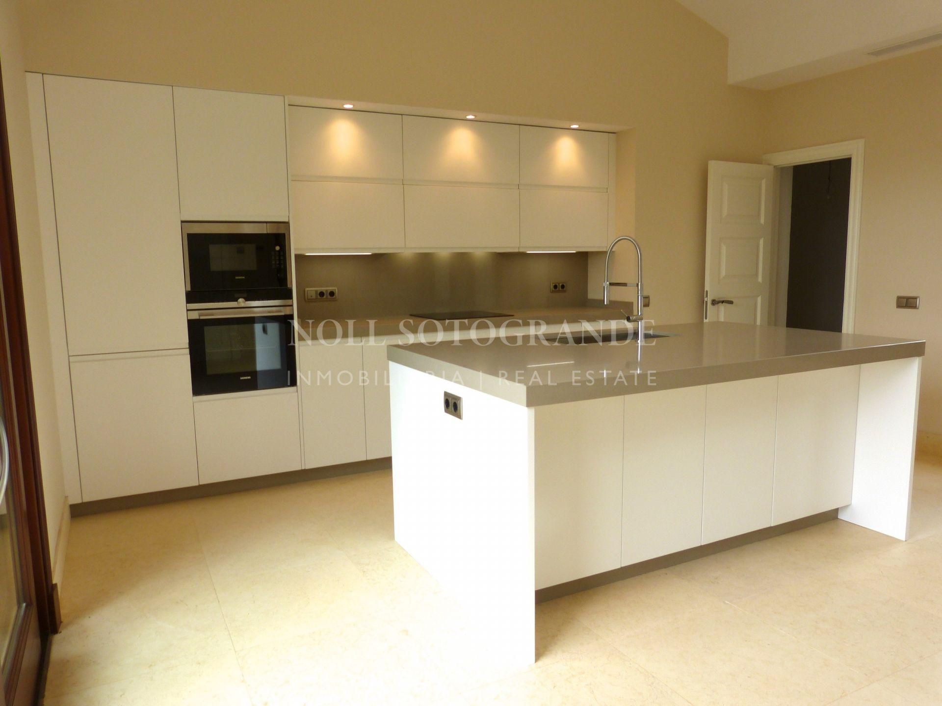 Elegant top quality villa for rent in Los Altos de Valderrama Sotogrande