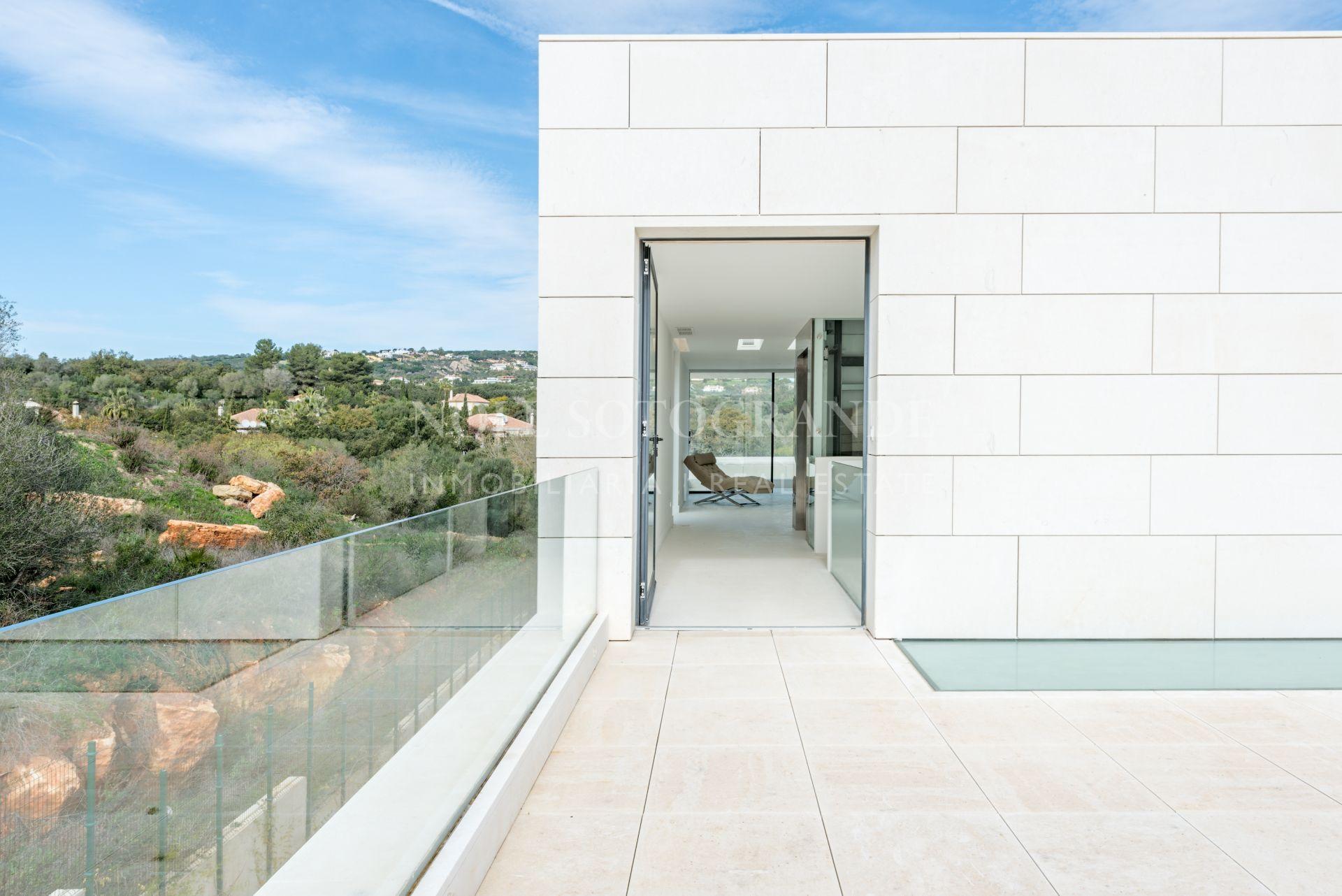Contemporary new villa for sale Sotogrande Alto