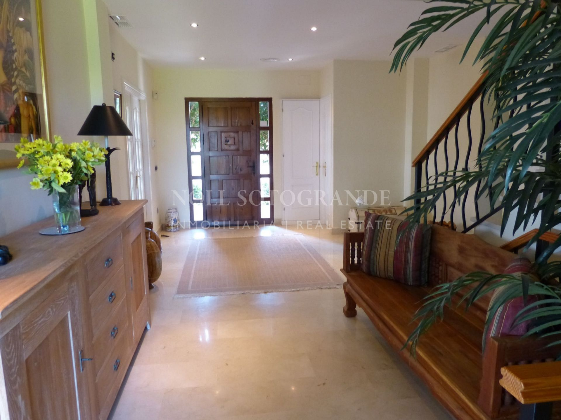 Very well looked after villa in Sotogrande Costa for sale