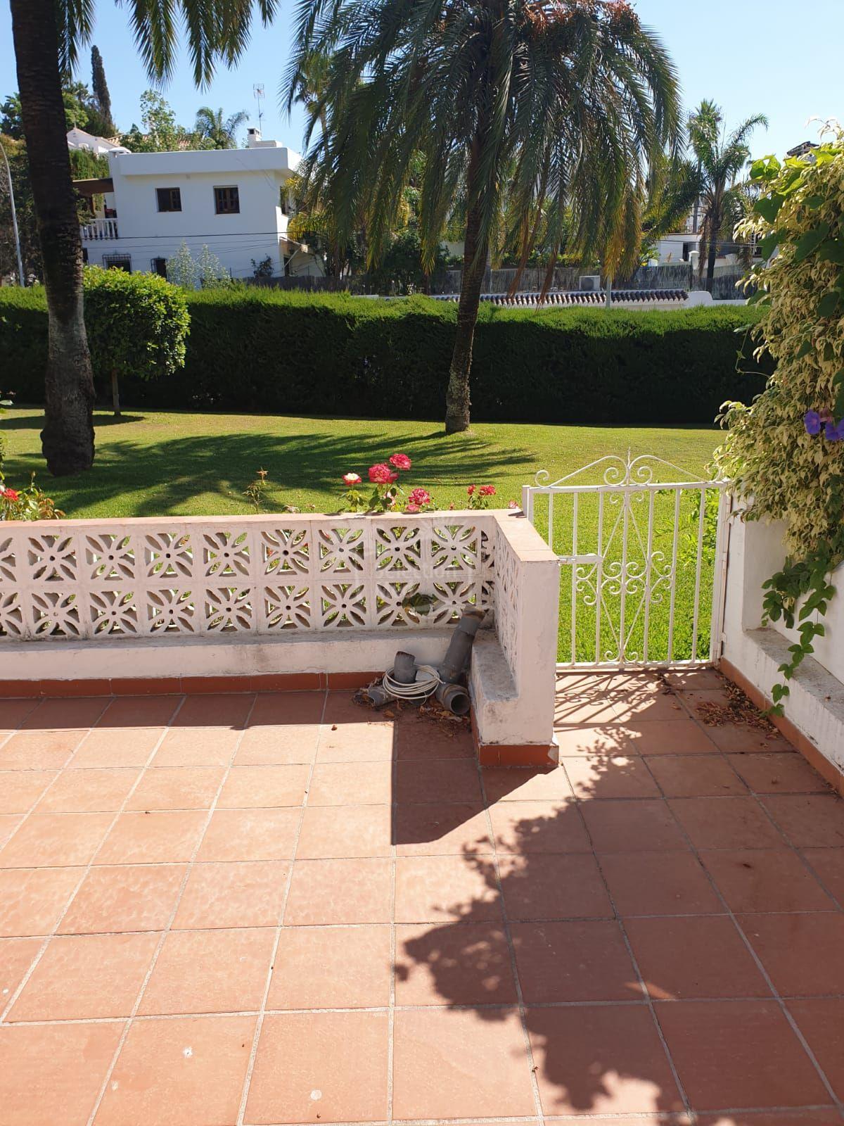 Ground Floor Apartment in Nueva Andalucia, Marbella