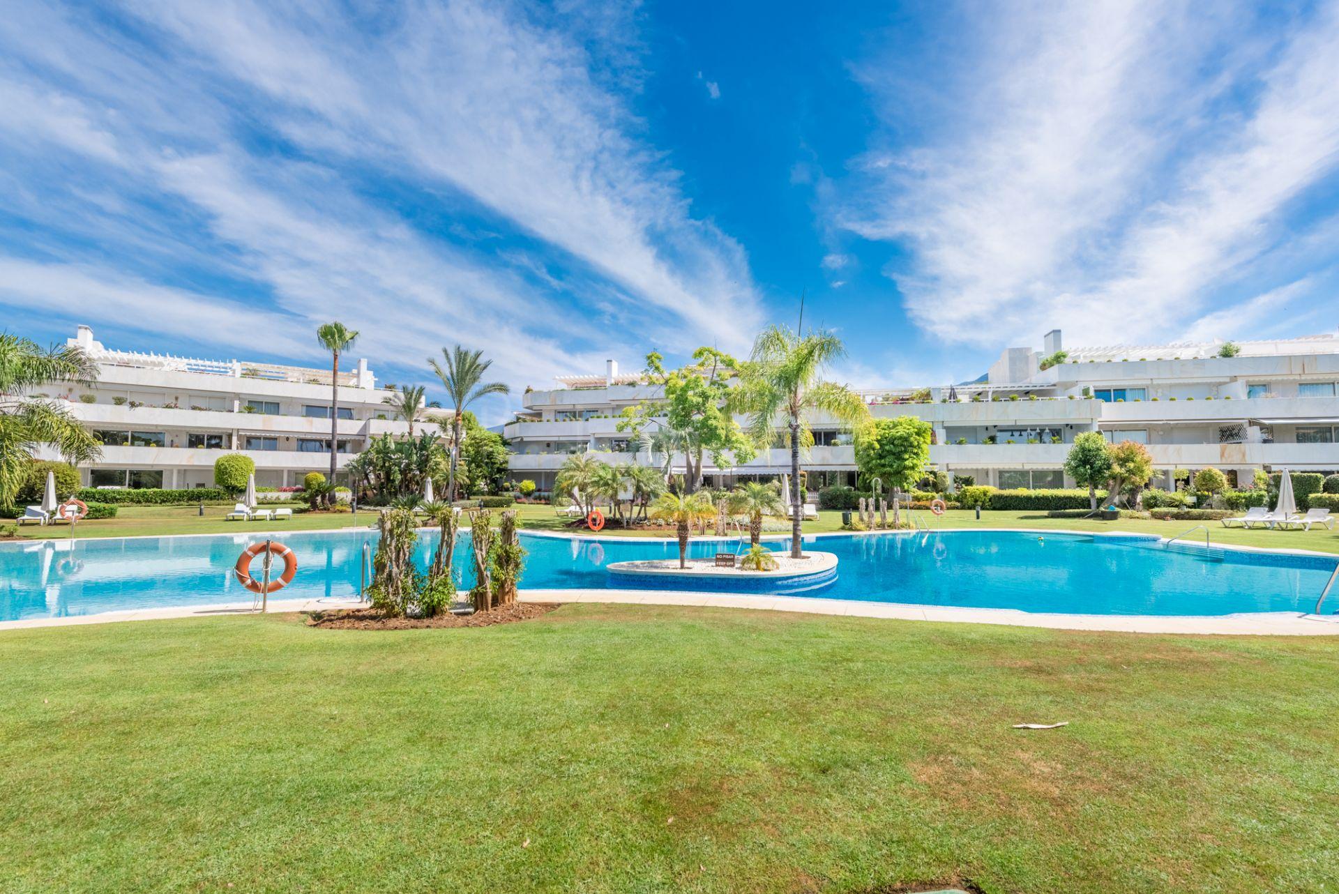 Ground Floor Apartment in Los Granados Golf, Marbella