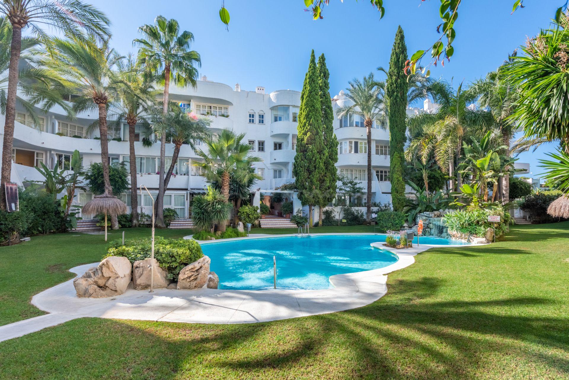 Duplex Penthouse in Marbella Real, Marbella