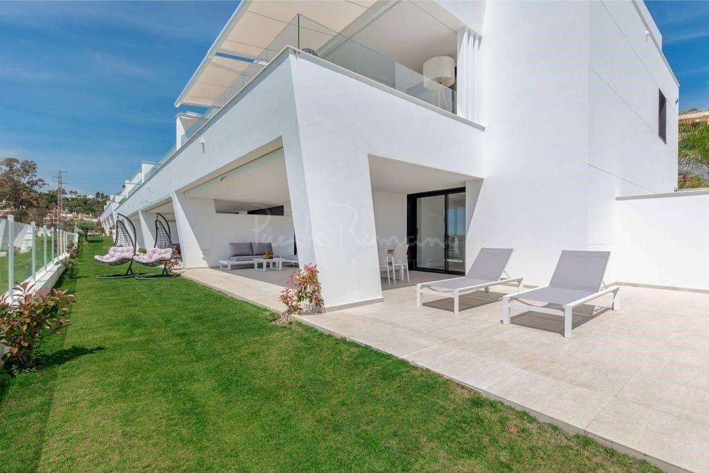 Ground Floor Apartment in Azahar de Marbella, Marbella