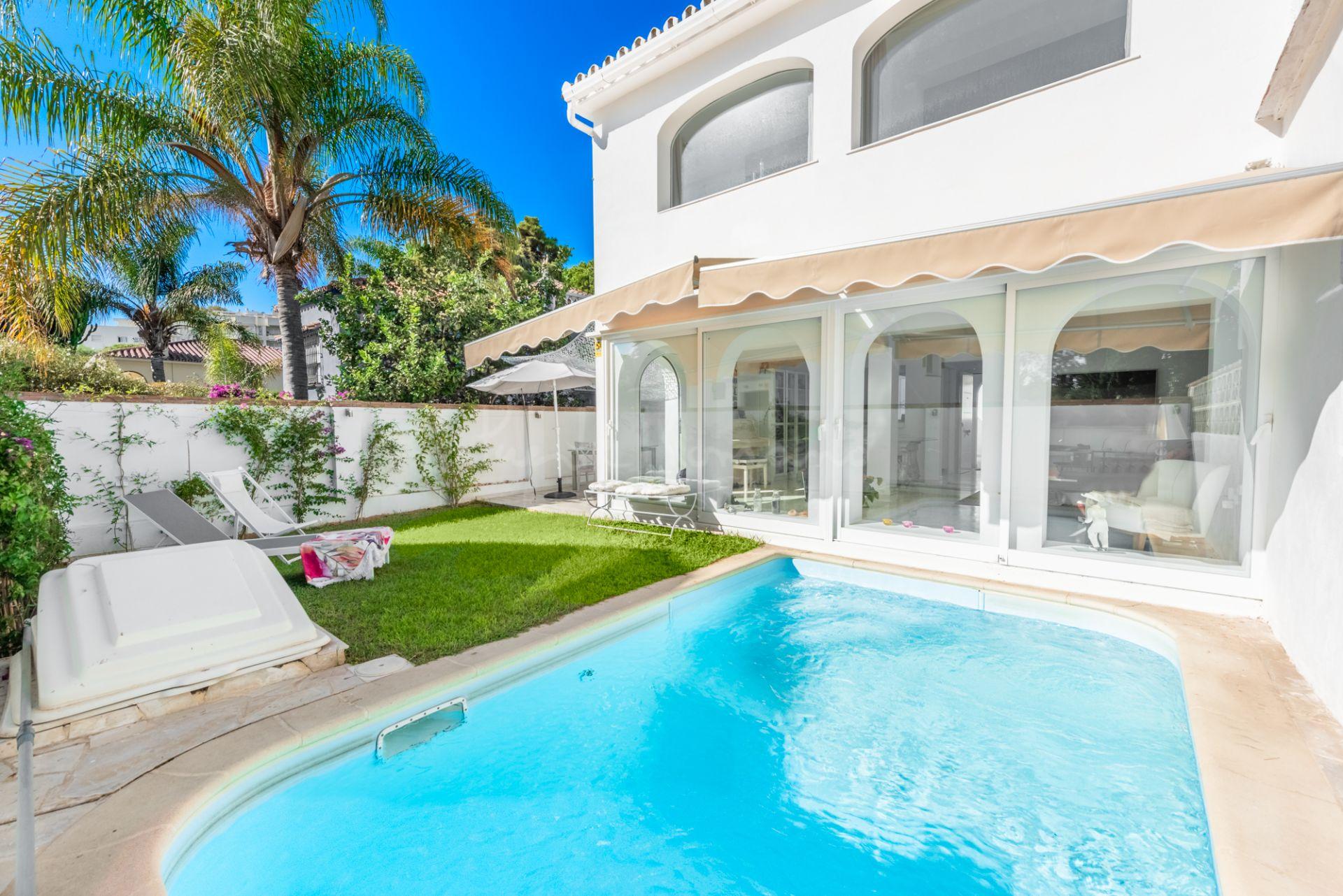 Semi Detached Villa in Costabella, Marbella