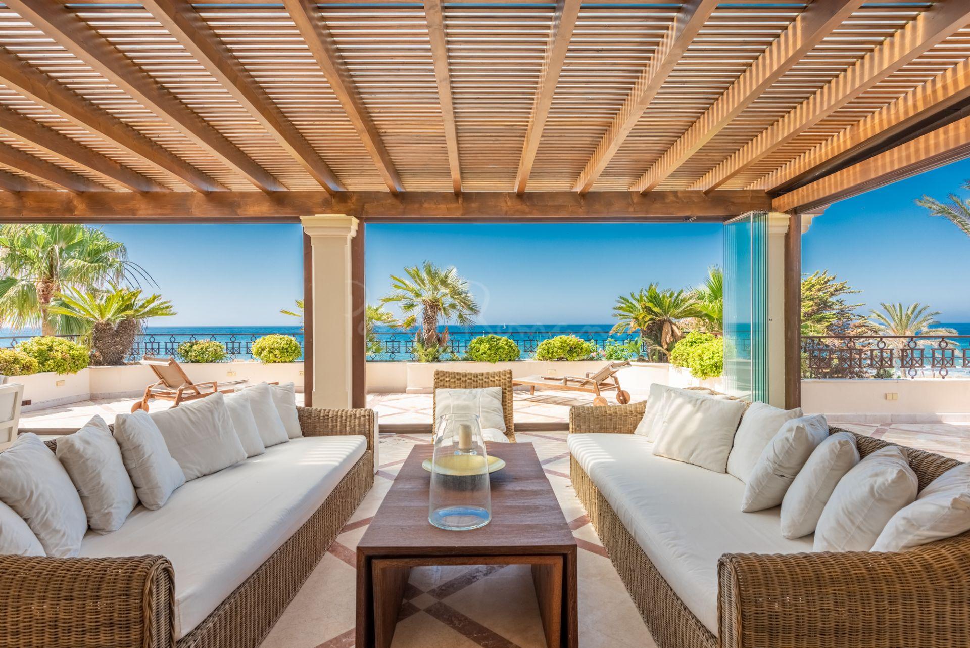 Penthouse in Los Monteros Playa, Marbella