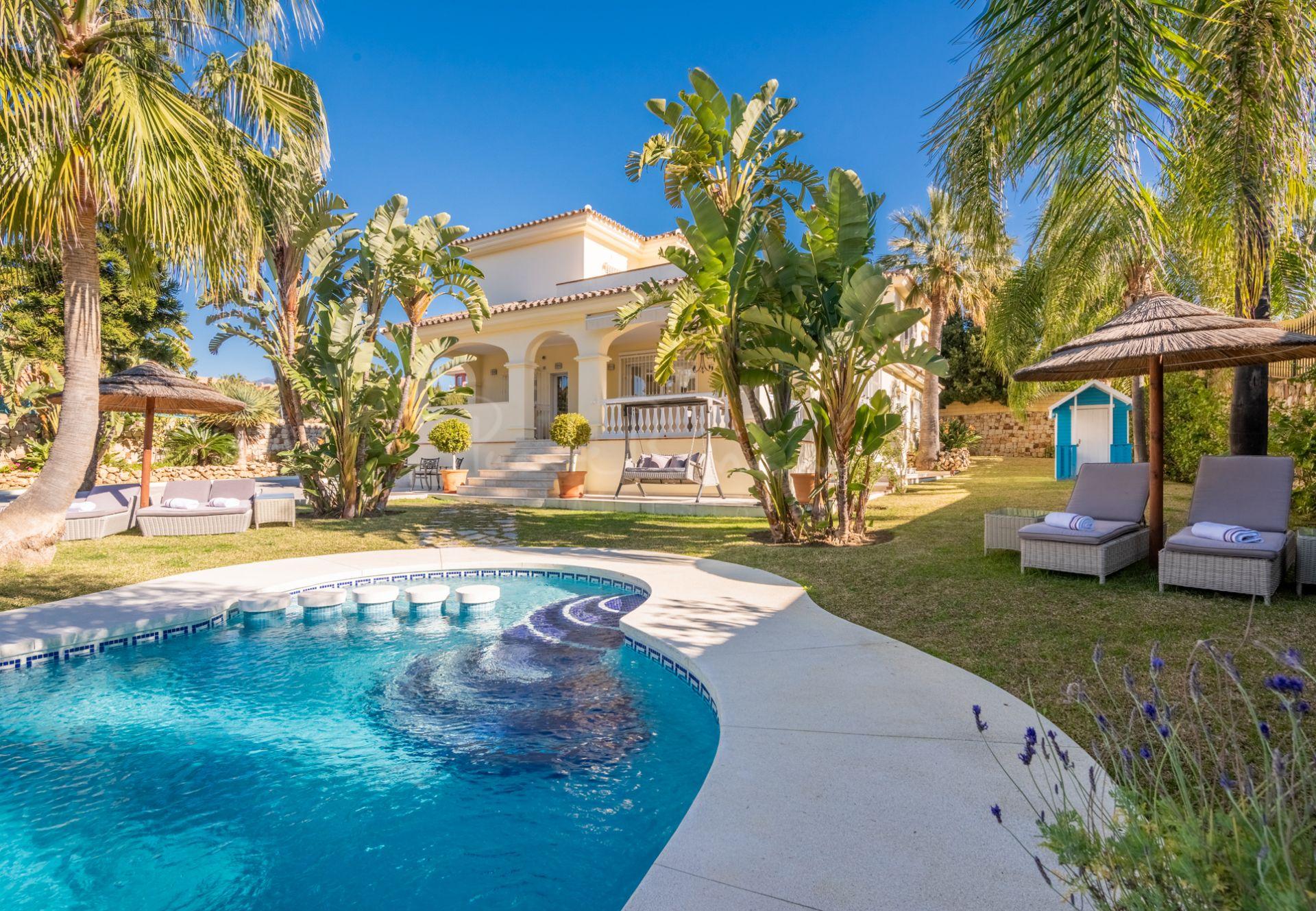 Villa in Bel Air, Estepona