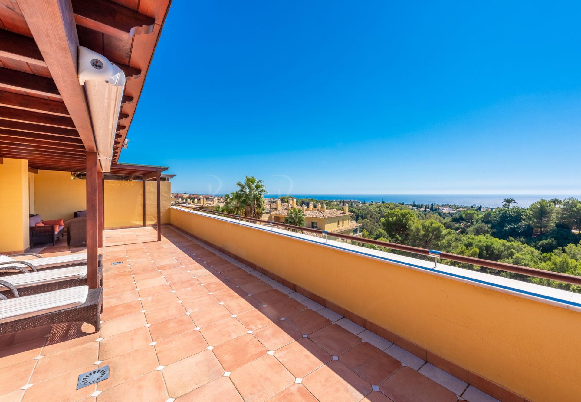 Penthouse in Condado de Sierra Blanca, Marbella