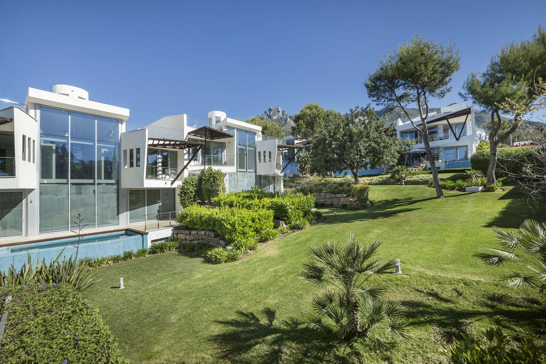 Semi Detached Villa in Meisho Hills, Marbella