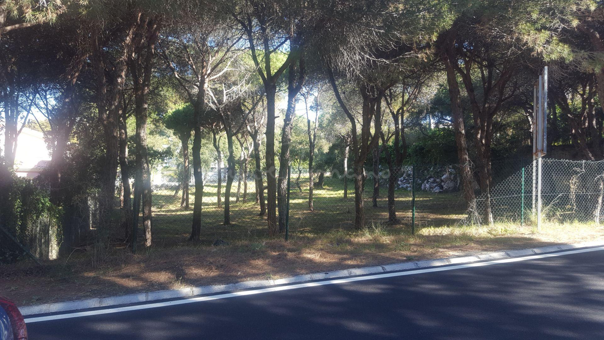 Plot in Hacienda las Chapas, Marbella