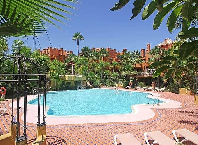 Ground Floor Apartment in La Alzambra, Marbella