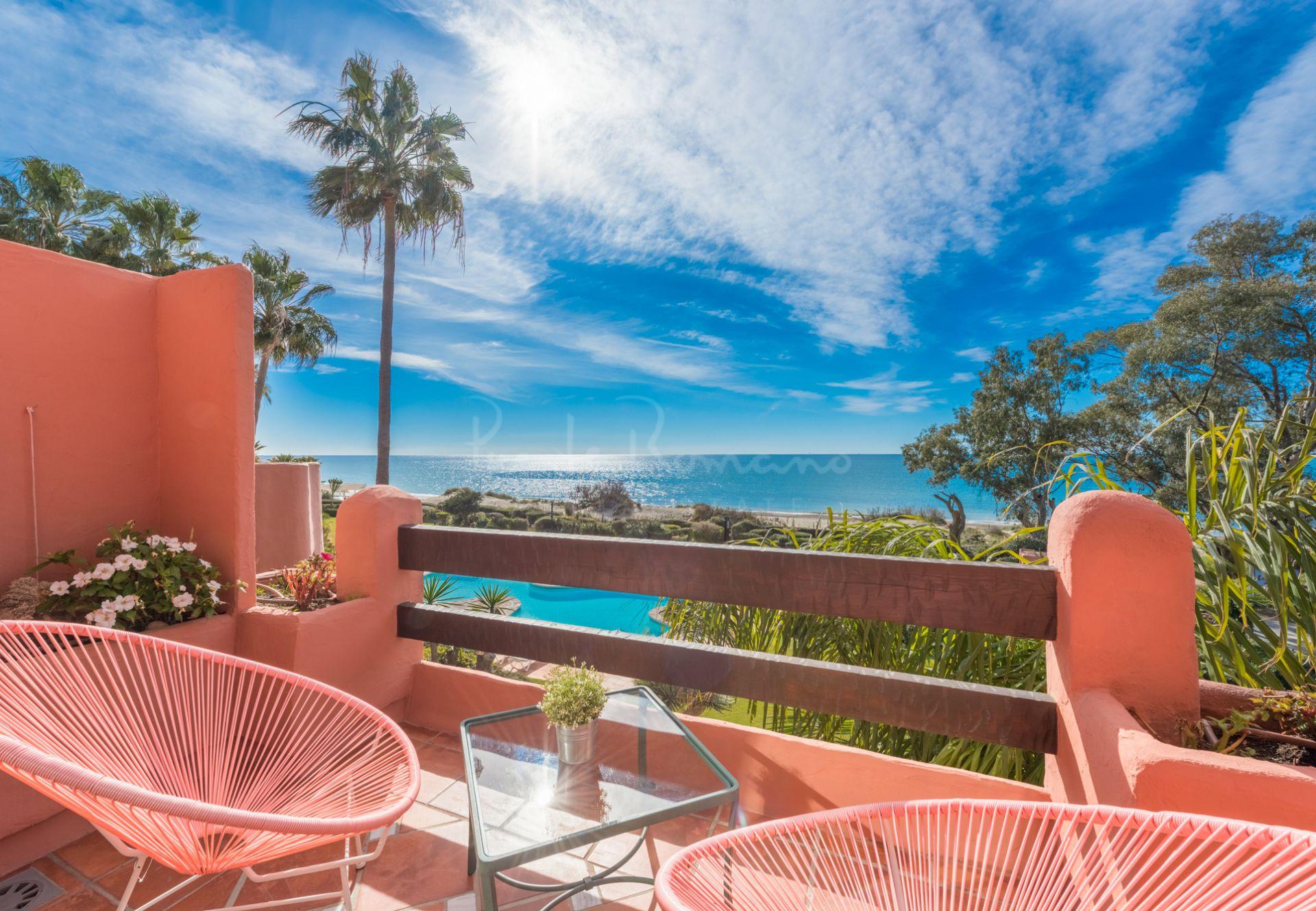 Duplex Penthouse in Alicate Playa, Marbella