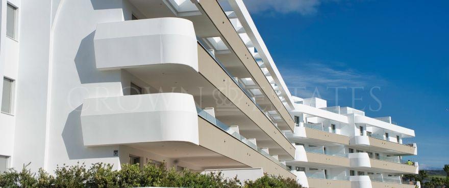 Pier 2, elegant apartments and penthouses in La Marina de Sotogrande