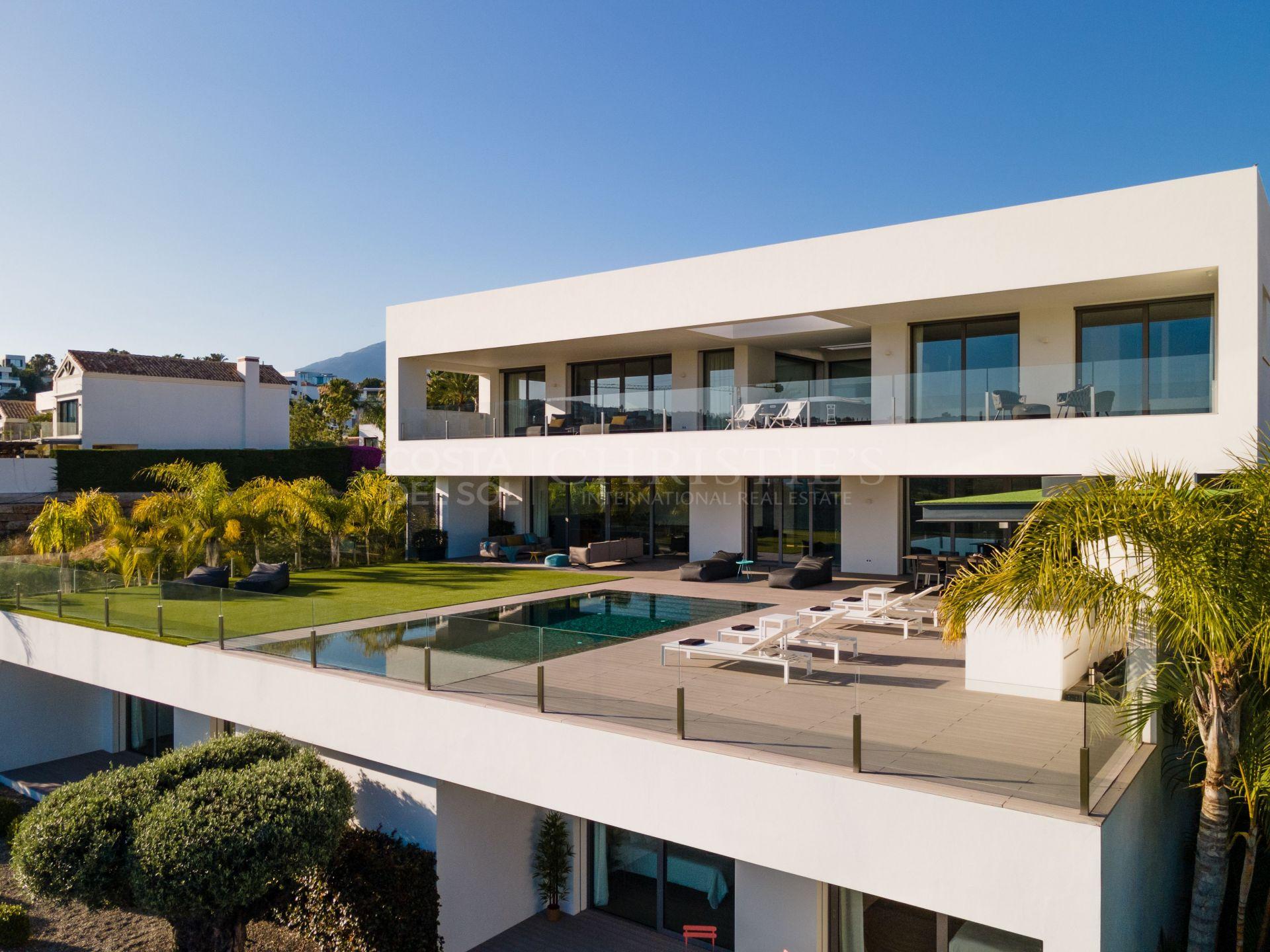 Modern Villa Heart in La Alqueria, Benahavis | Christie's International Real Estate
