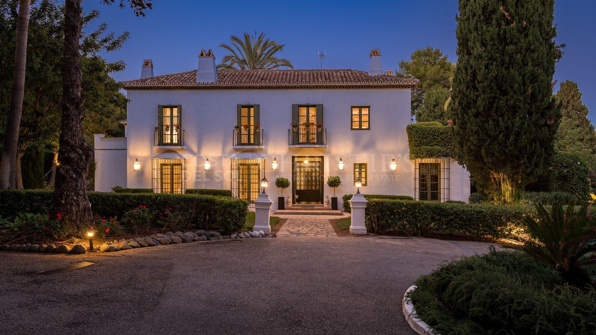 "Stunning ""Casa Greta"" in Altos Reales, Marbella Golden Mile | Christie's International Real Estate"