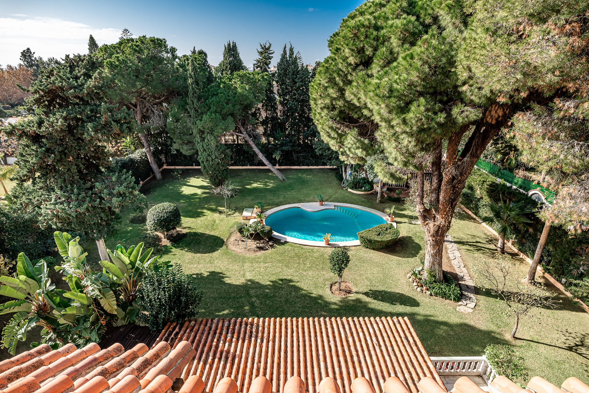 Villa in Cortijo Blanco, close to beach. | Christie's International Real Estate